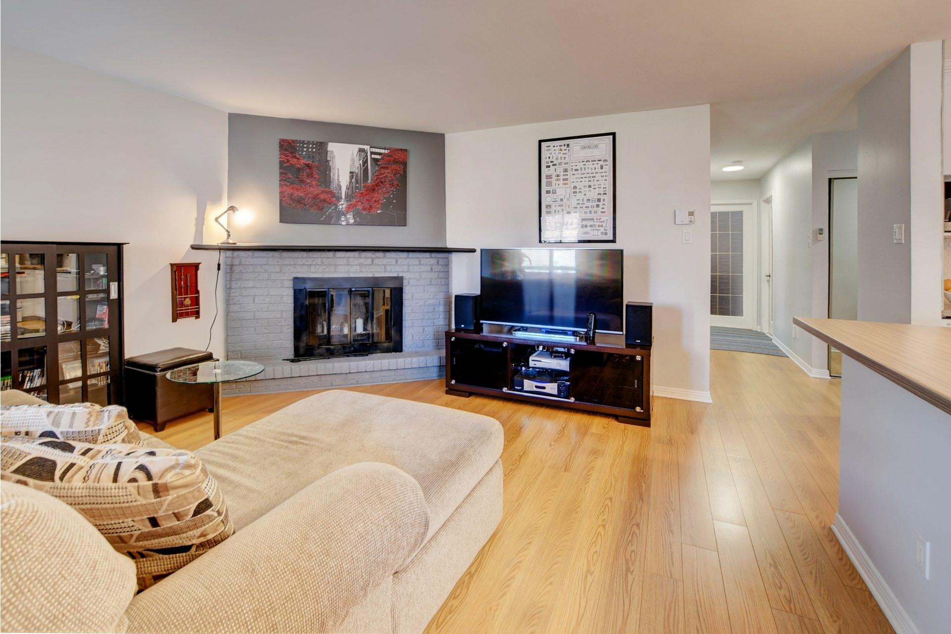 image 10 - Apartment For sale Rivière-des-Prairies/Pointe-aux-Trembles Montréal  - 9 rooms
