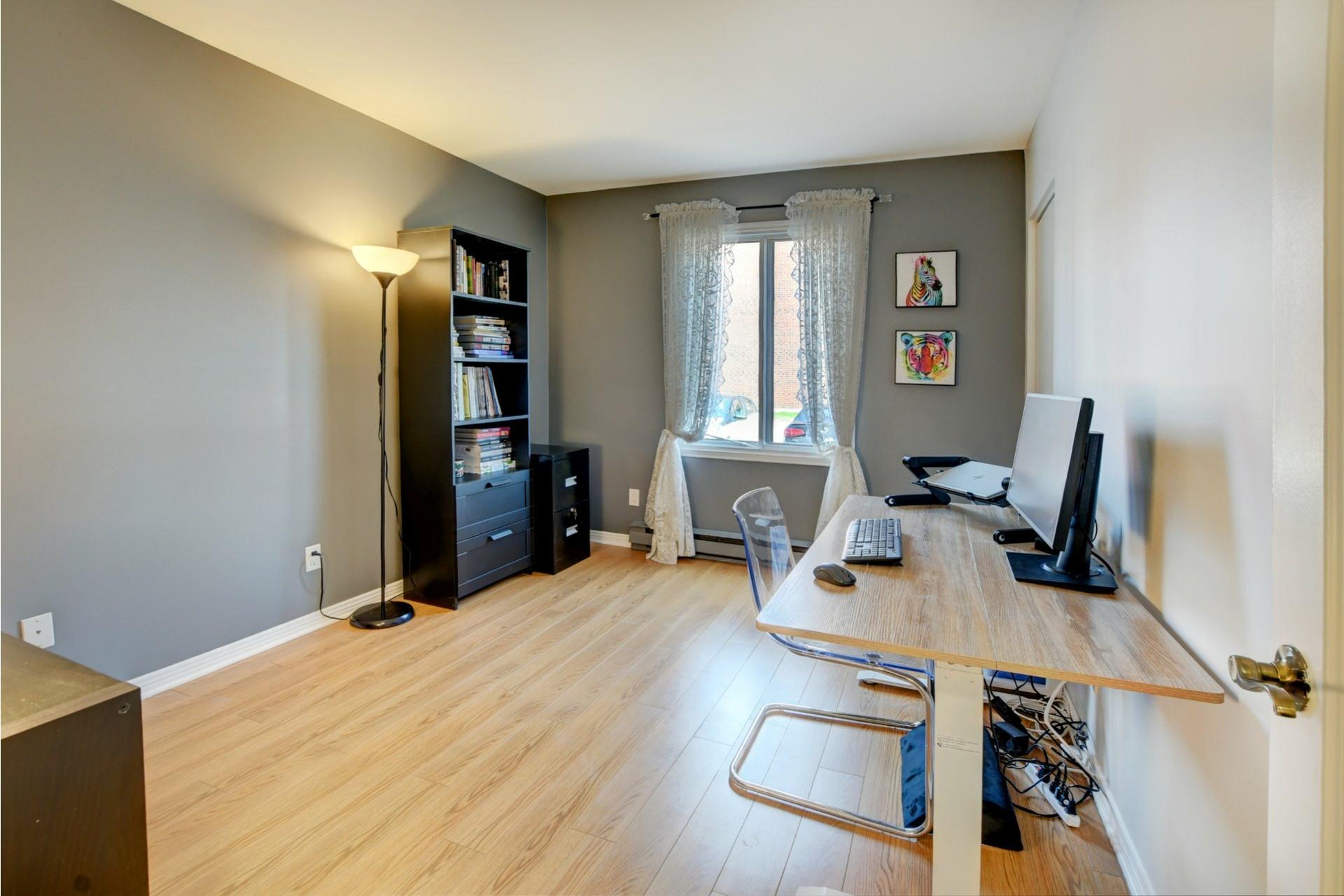 image 15 - Apartment For sale Rivière-des-Prairies/Pointe-aux-Trembles Montréal  - 9 rooms