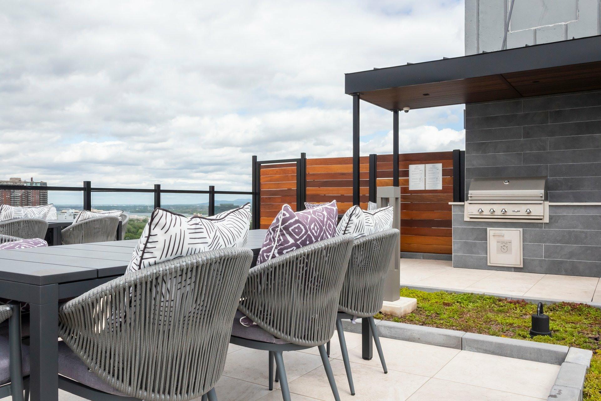 image 14 - Apartment For rent Le Plateau-Mont-Royal Montréal  - 5 rooms