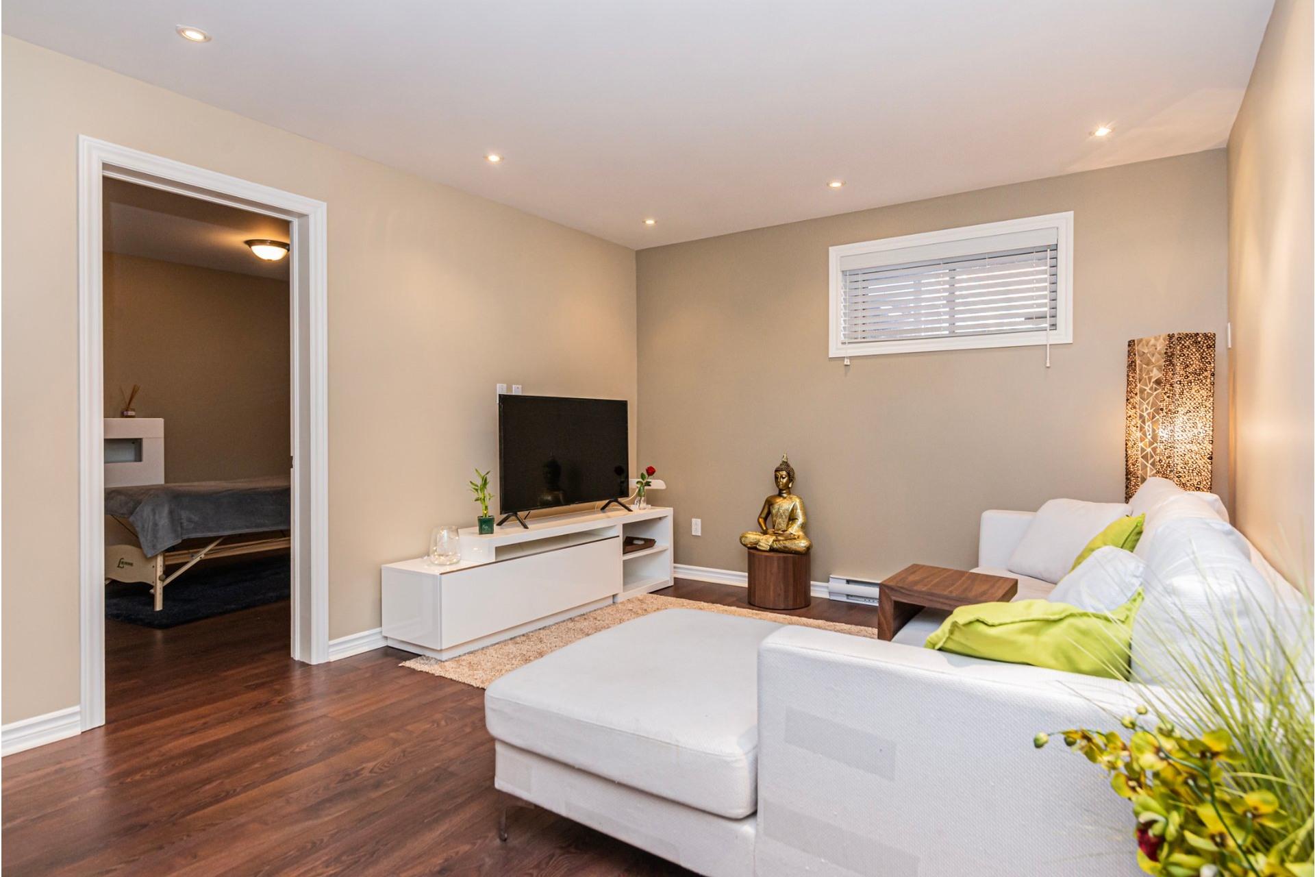image 24 - Appartement À vendre Lachine Montréal  - 11 pièces