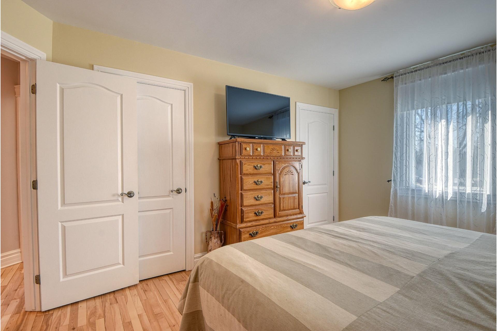 image 10 - House For sale Verdun/Île-des-Soeurs Montréal  - 9 rooms