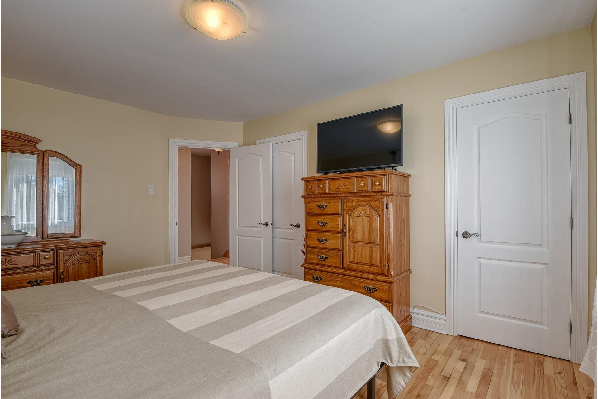 image 11 - House For sale Verdun/Île-des-Soeurs Montréal  - 9 rooms