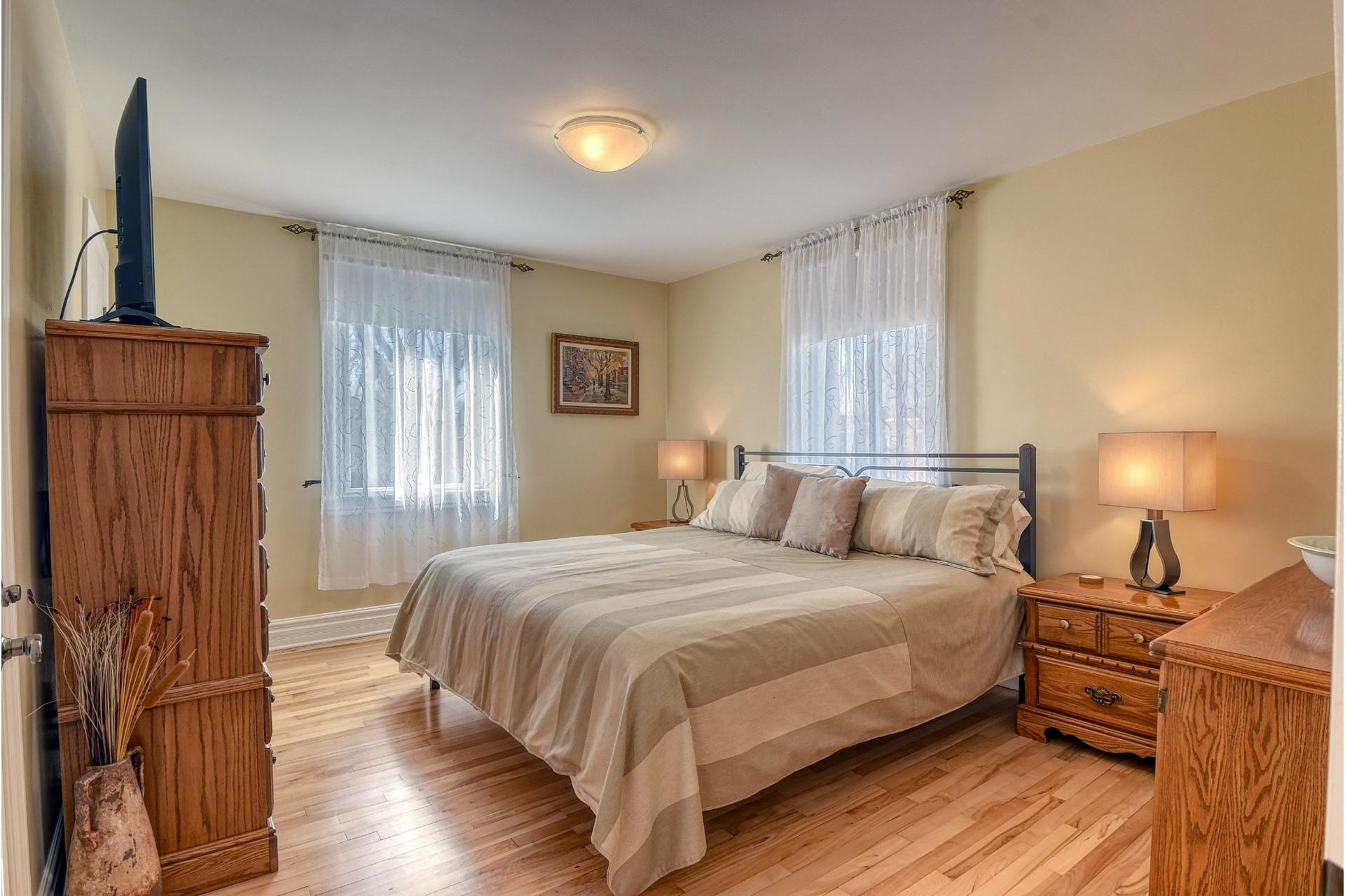 image 9 - House For sale Verdun/Île-des-Soeurs Montréal  - 9 rooms
