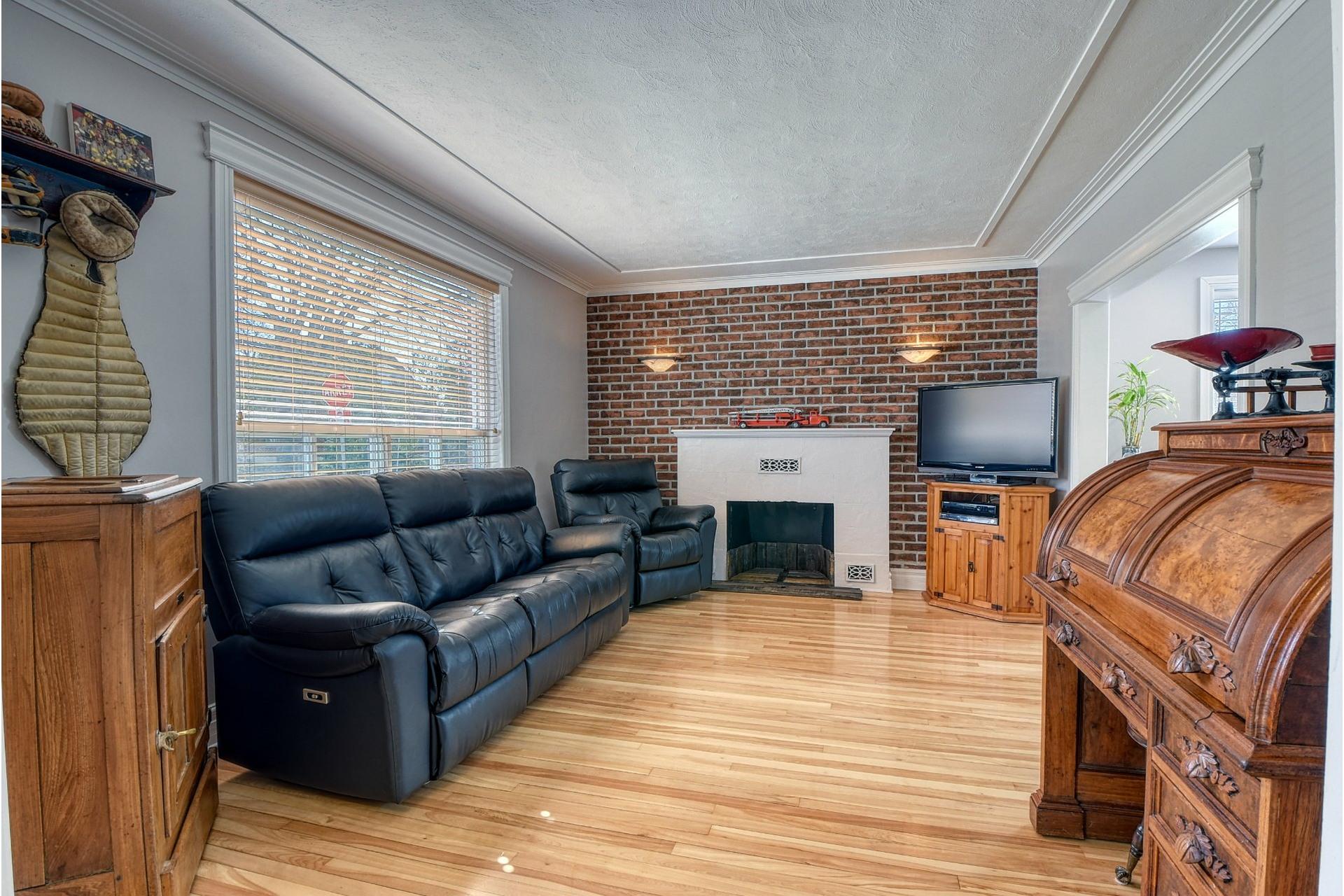 image 1 - House For sale Verdun/Île-des-Soeurs Montréal  - 9 rooms