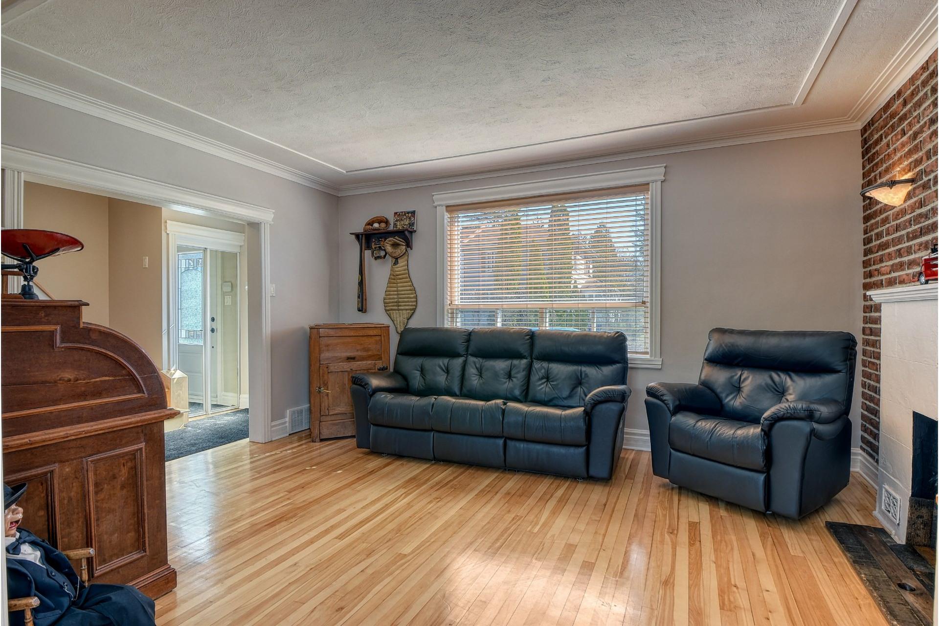 image 2 - House For sale Verdun/Île-des-Soeurs Montréal  - 9 rooms