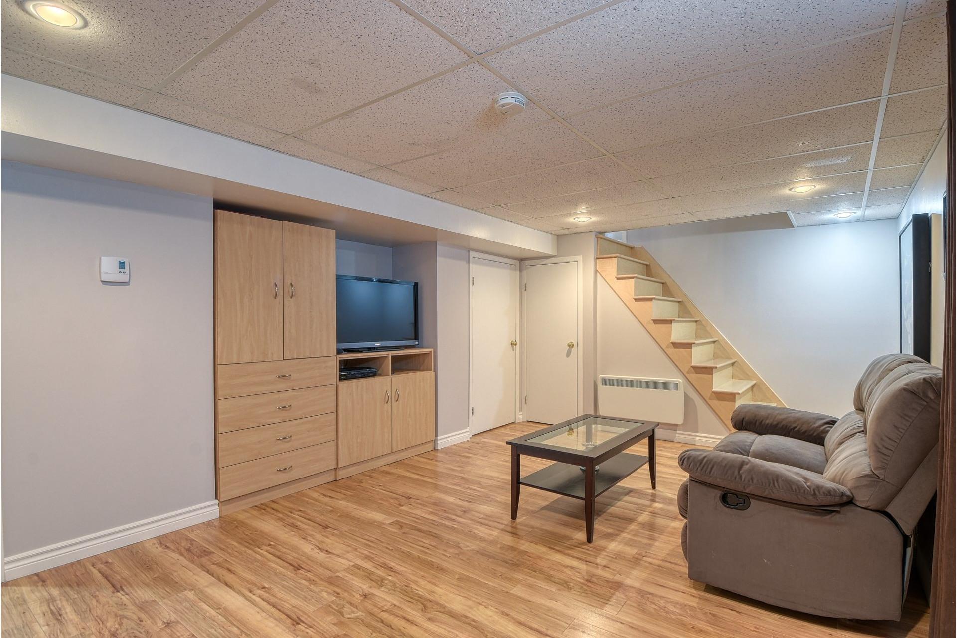 image 18 - House For sale Verdun/Île-des-Soeurs Montréal  - 9 rooms