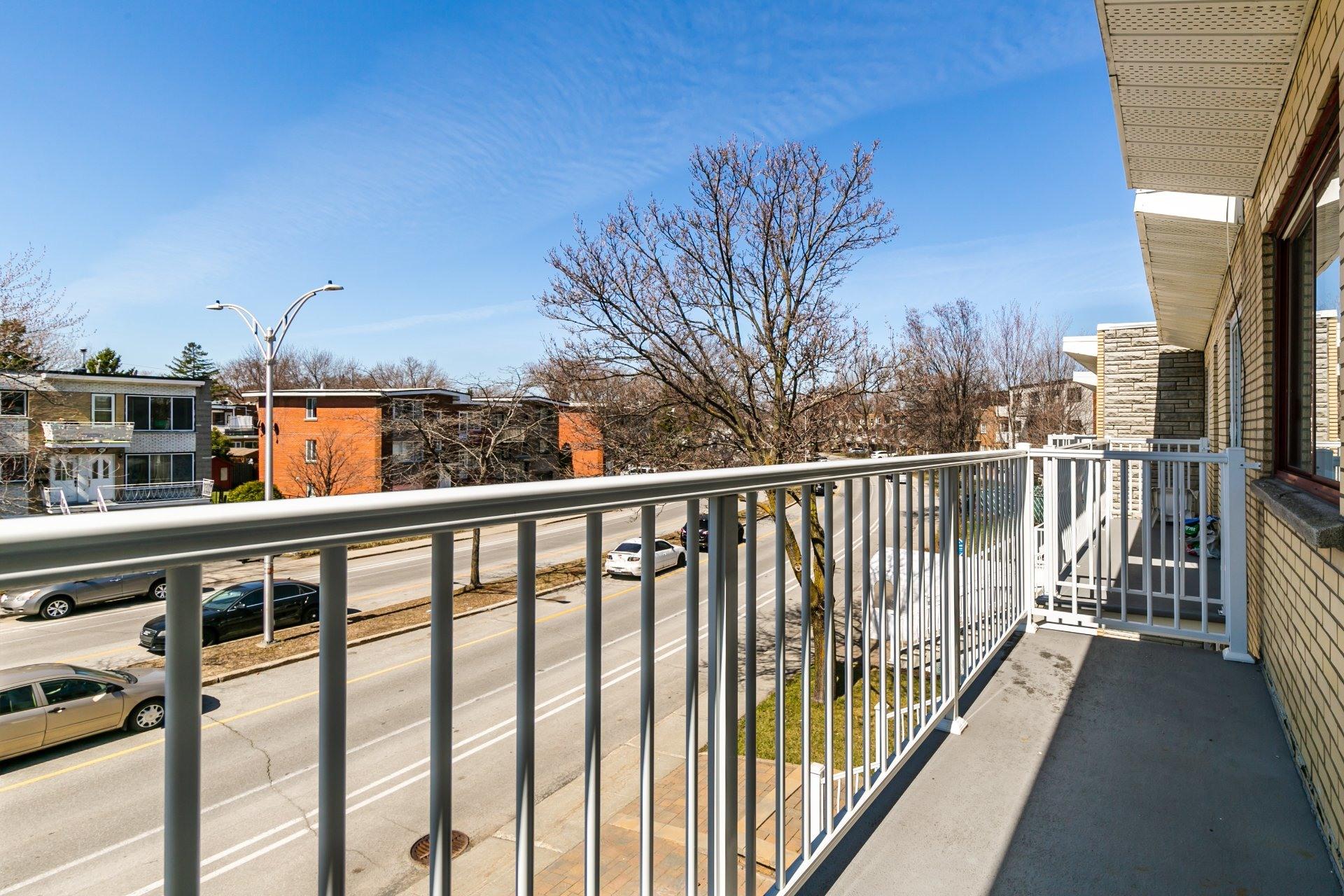 image 12 - Apartment For rent Anjou Montréal  - 5 rooms