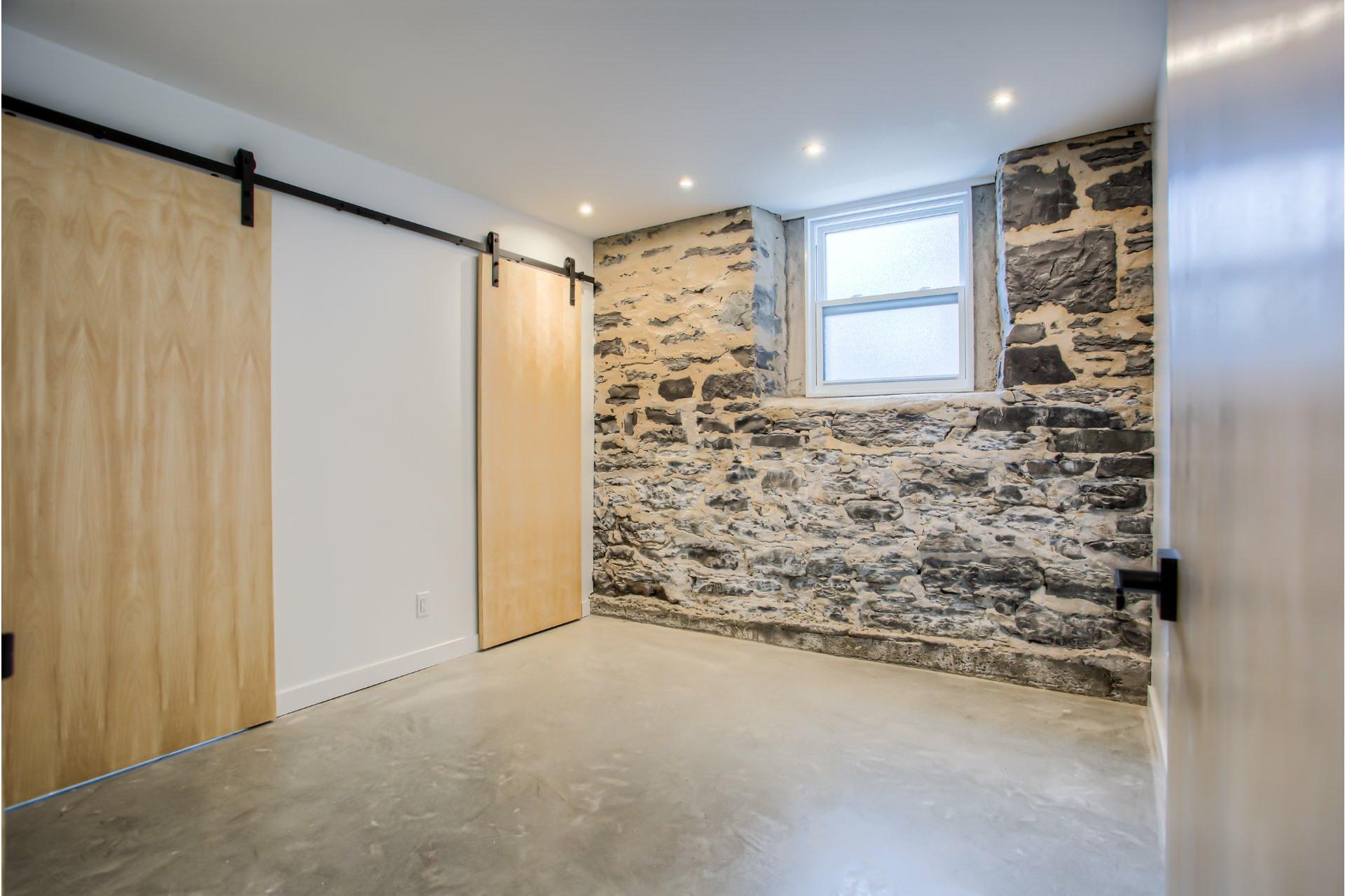 image 18 - Duplex À vendre Mercier/Hochelaga-Maisonneuve Montréal  - 4 pièces