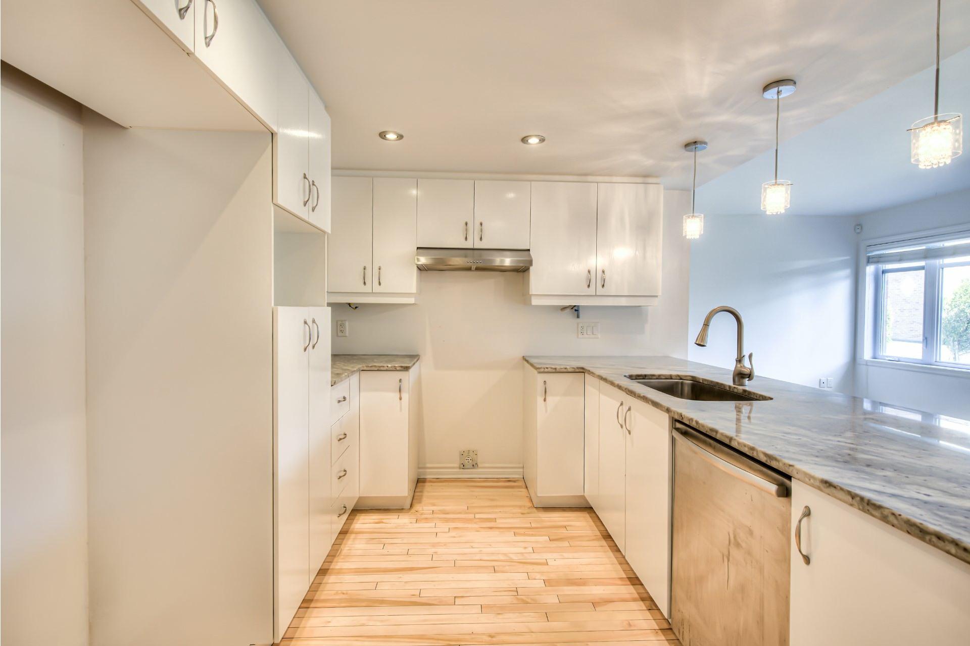 image 6 - Apartment For sale Saint-Laurent Montréal  - 6 rooms