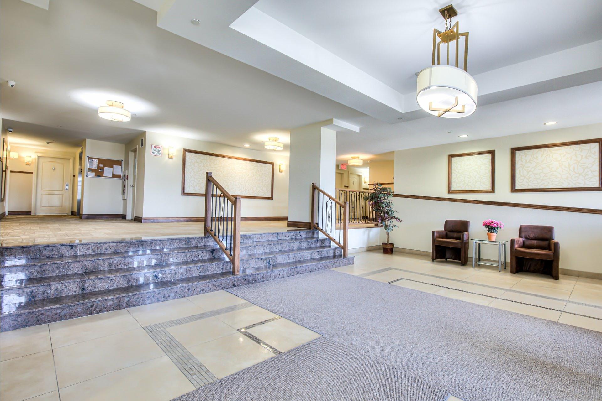 image 1 - Apartment For sale Saint-Laurent Montréal  - 6 rooms