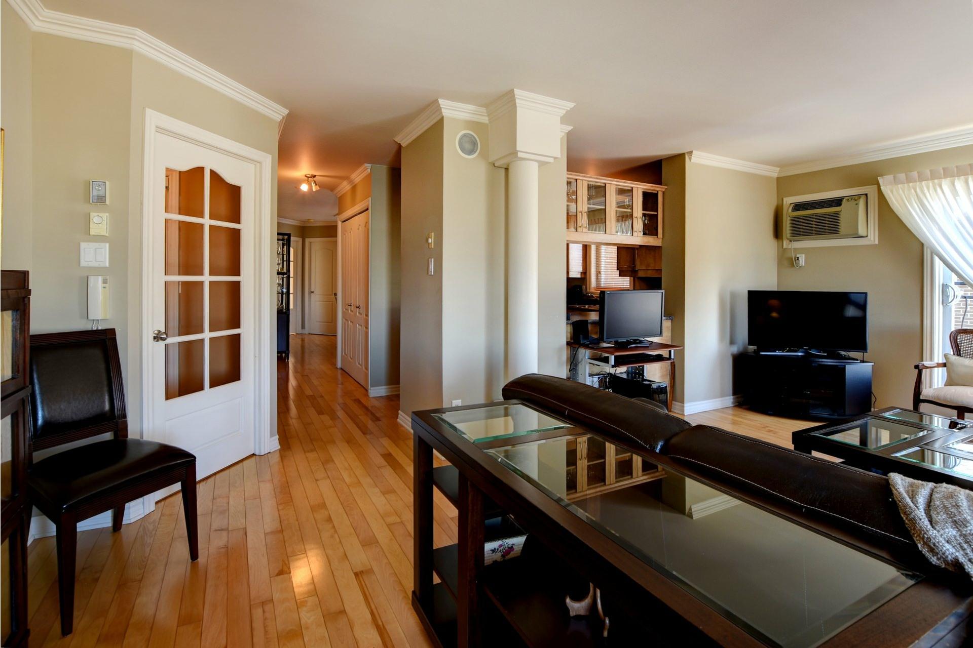 image 4 - Appartement À vendre Chomedey Laval  - 7 pièces