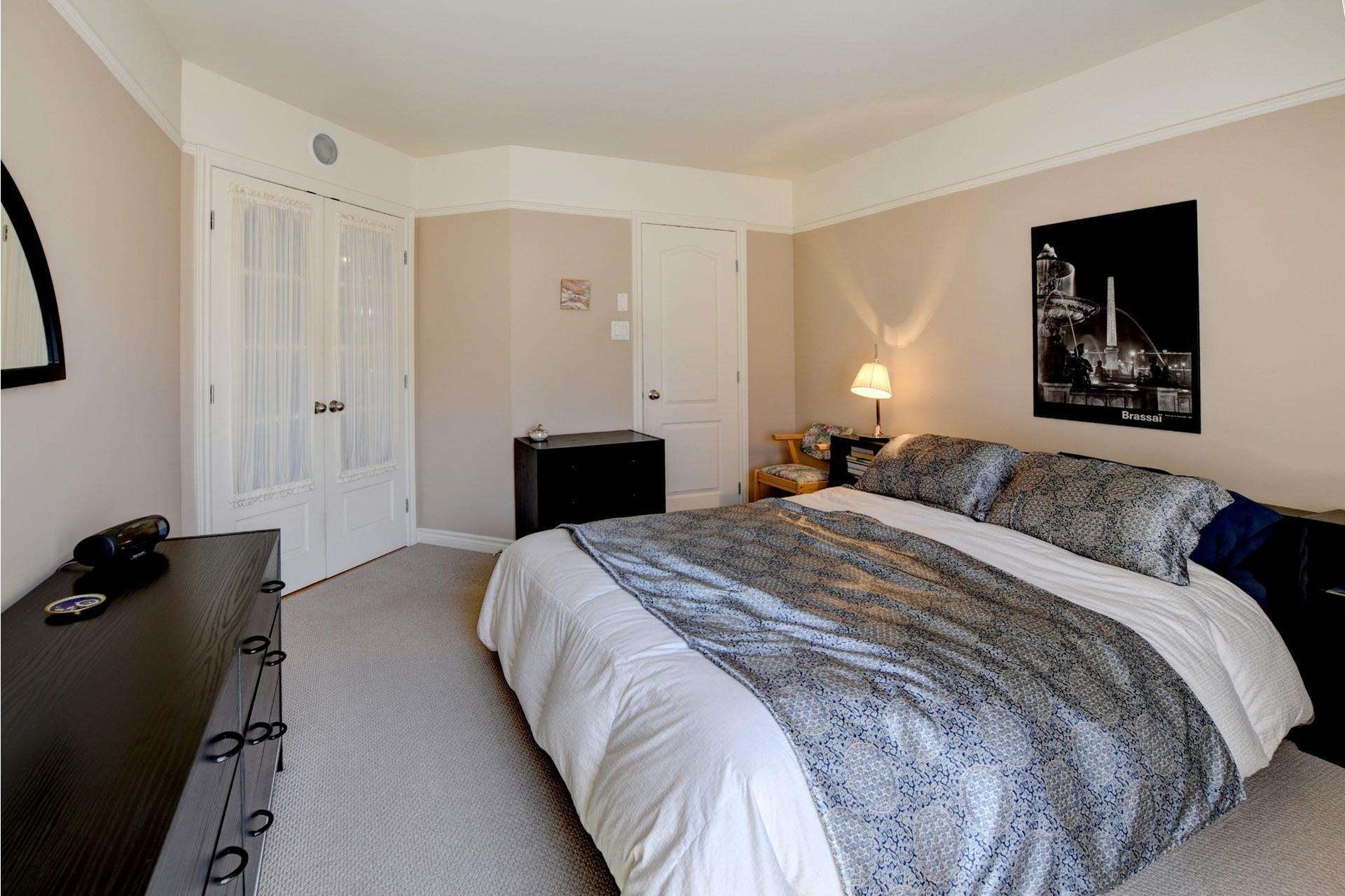 image 12 - Appartement À vendre Chomedey Laval  - 7 pièces