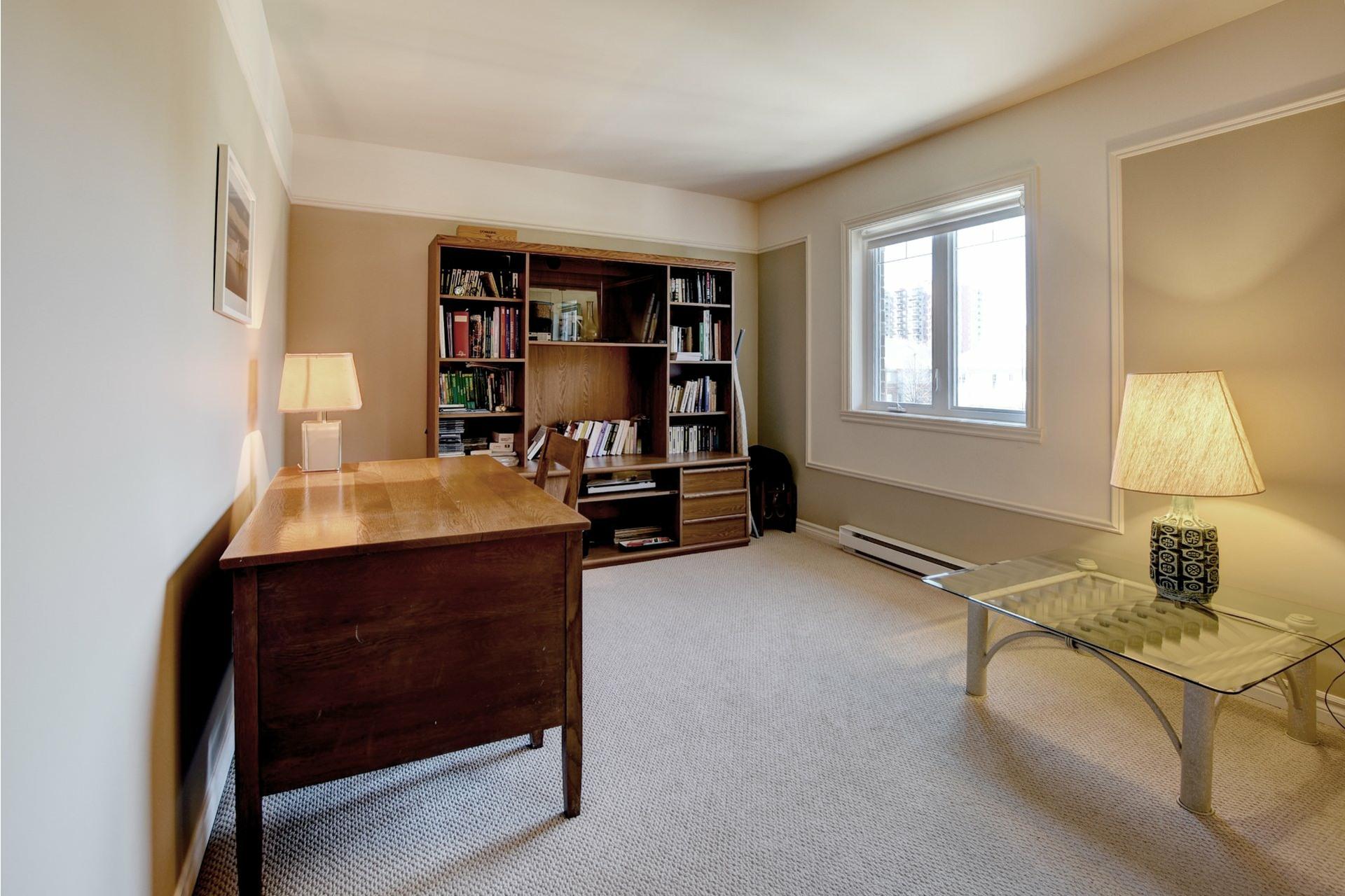 image 13 - Appartement À vendre Chomedey Laval  - 7 pièces