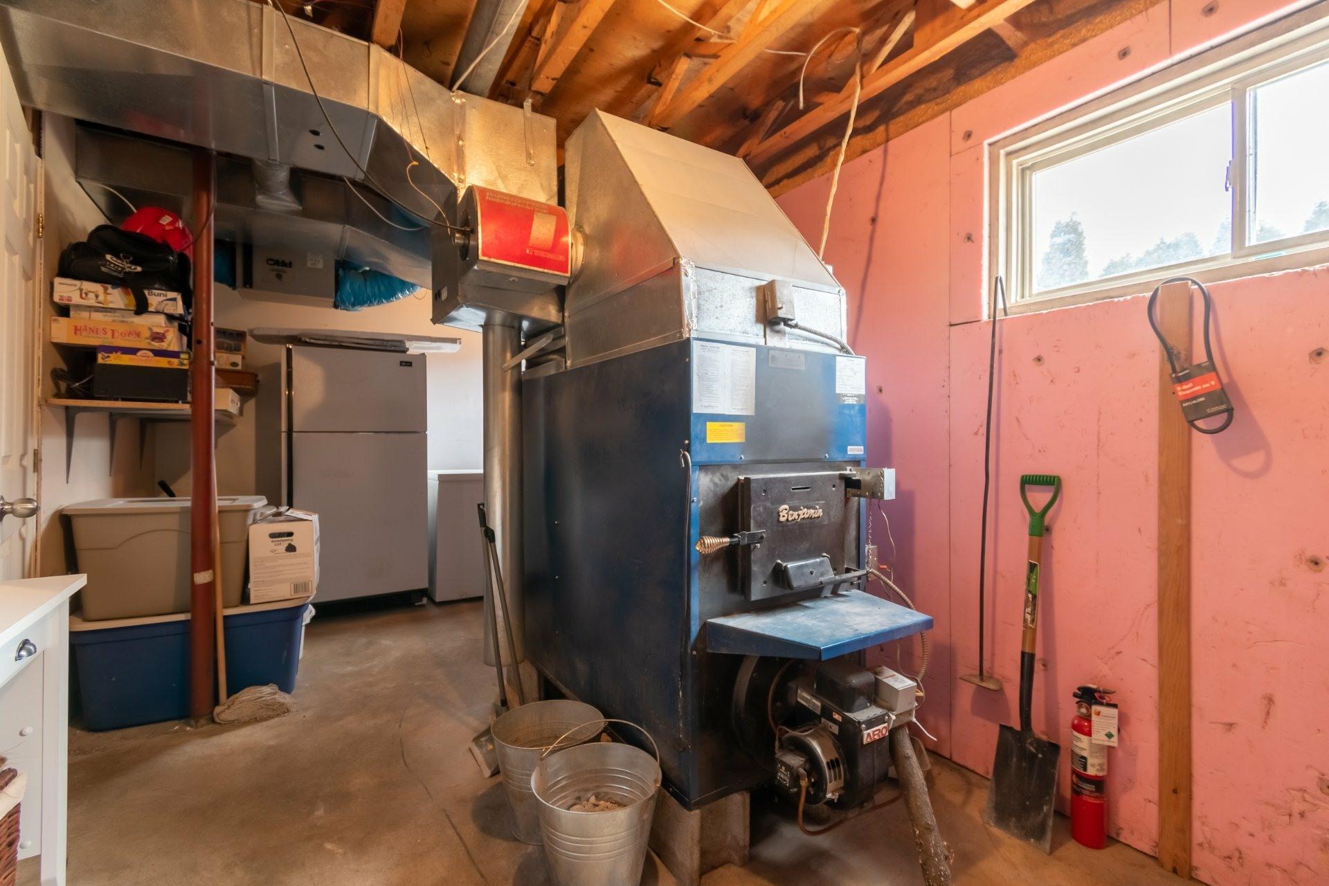 image 31 - Farmhouse For sale Saint-Pierre-les-Becquets - 13 rooms
