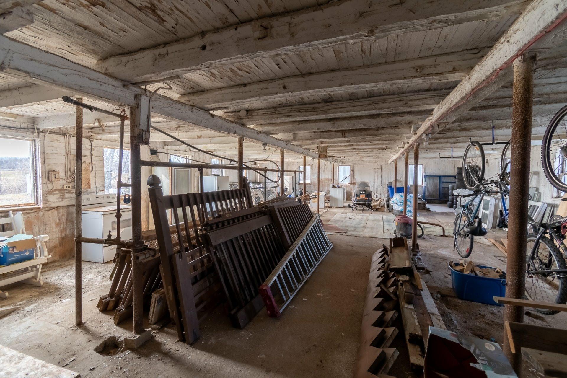 image 12 - Farmhouse For sale Saint-Pierre-les-Becquets - 13 rooms