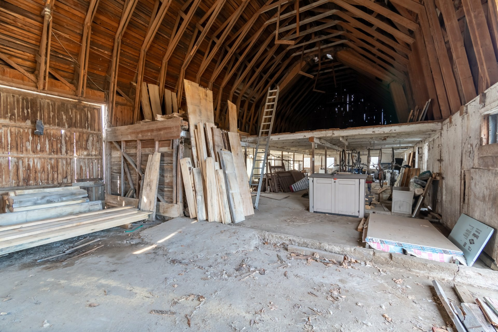 image 11 - Farmhouse For sale Saint-Pierre-les-Becquets - 13 rooms