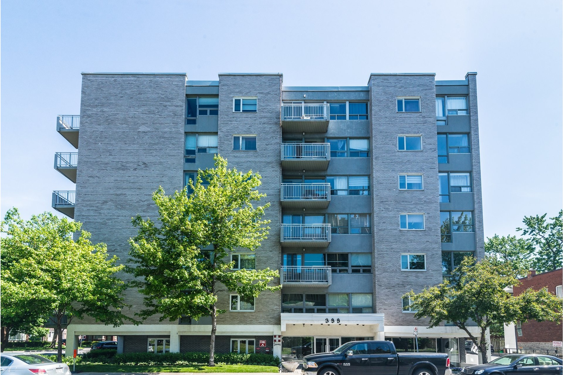 image 1 - Apartment For rent Westmount - 7 rooms