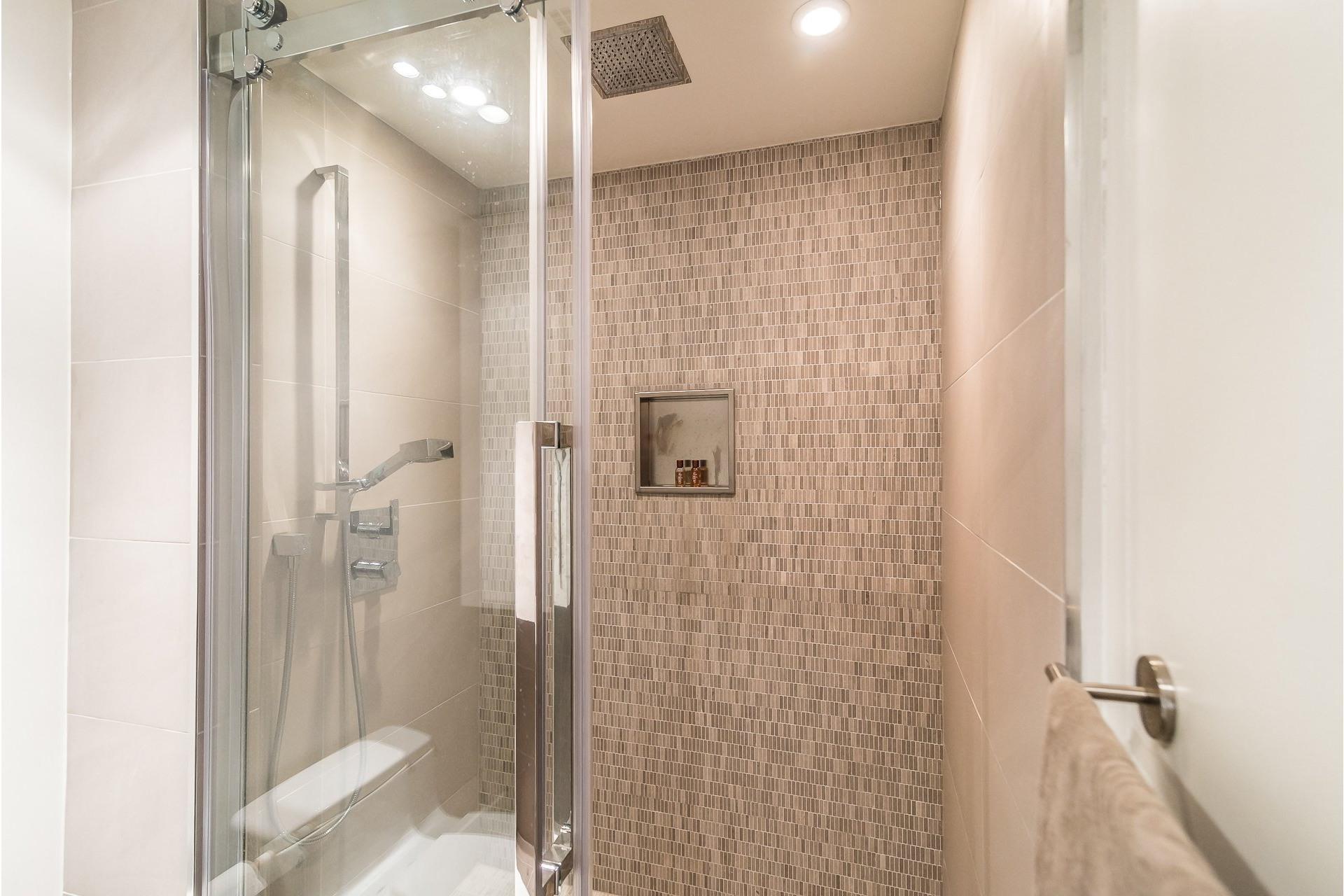 image 23 - Appartement À louer Westmount - 7 pièces