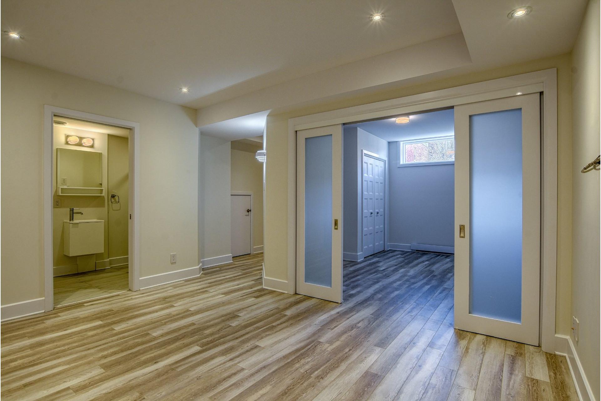 image 31 - Quadruplex For sale Verdun/Île-des-Soeurs Montréal  - 6 rooms