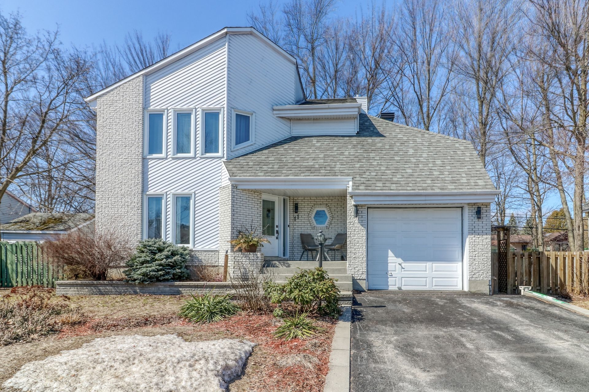 image 0 - House For sale Blainville - 15 rooms