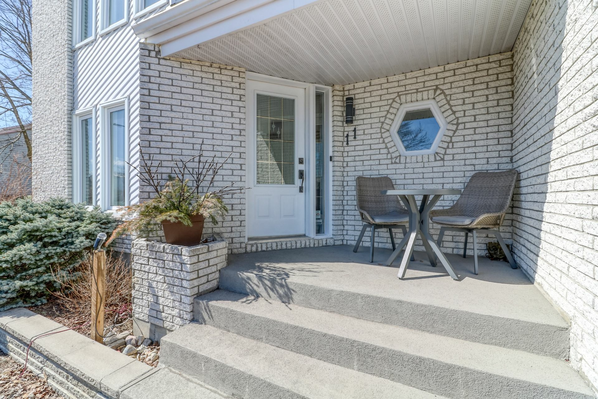 image 1 - House For sale Blainville - 15 rooms