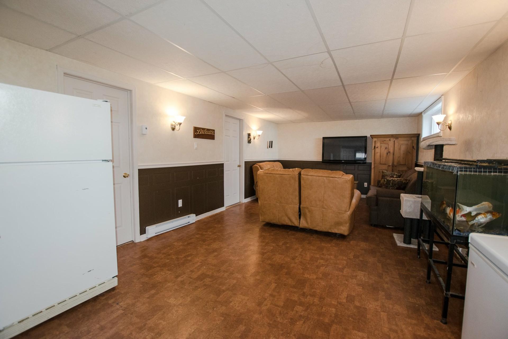 image 25 - House For sale Mercier - 12 rooms