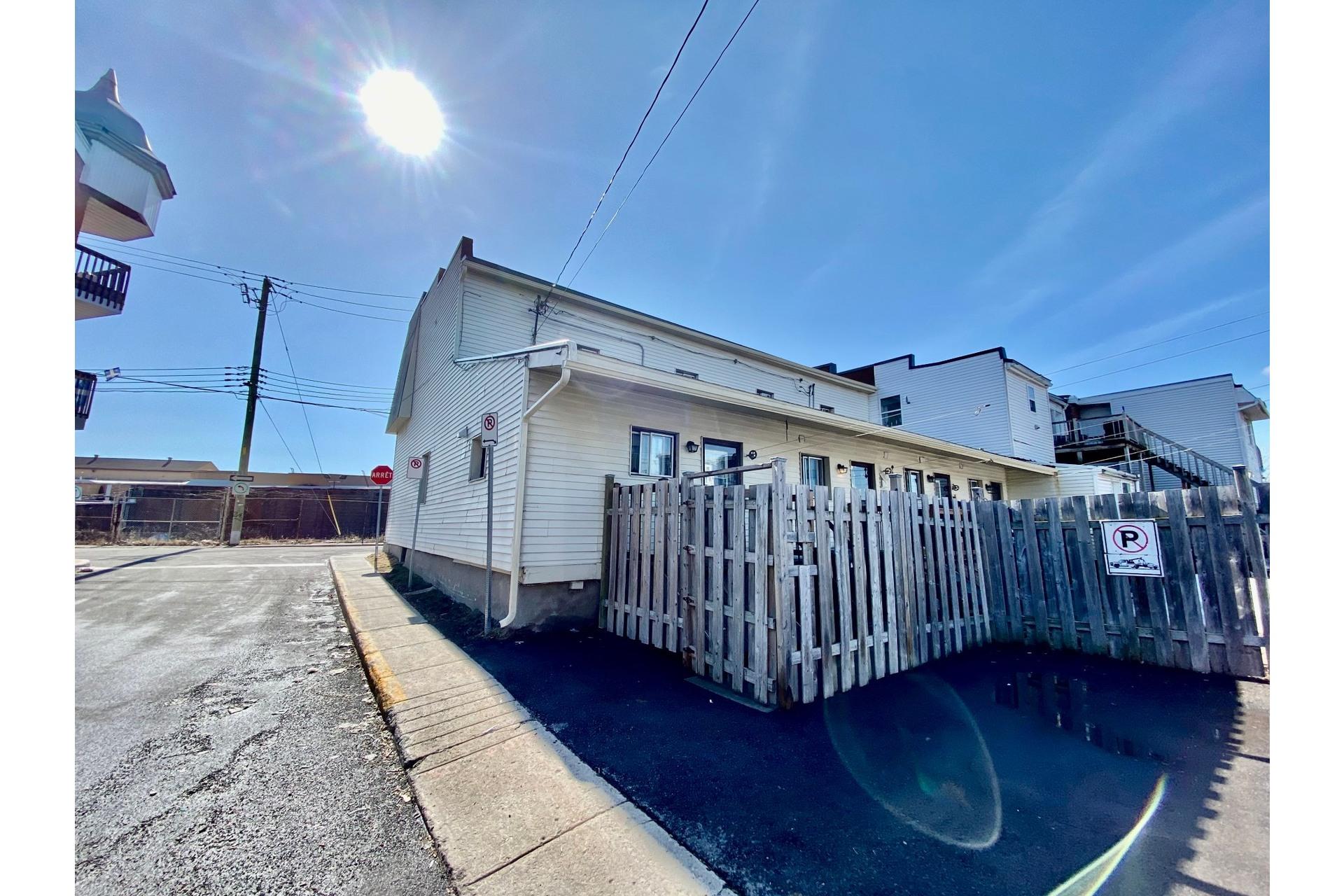 image 31 - Quadruplex For sale Lachine Montréal  - 4 rooms