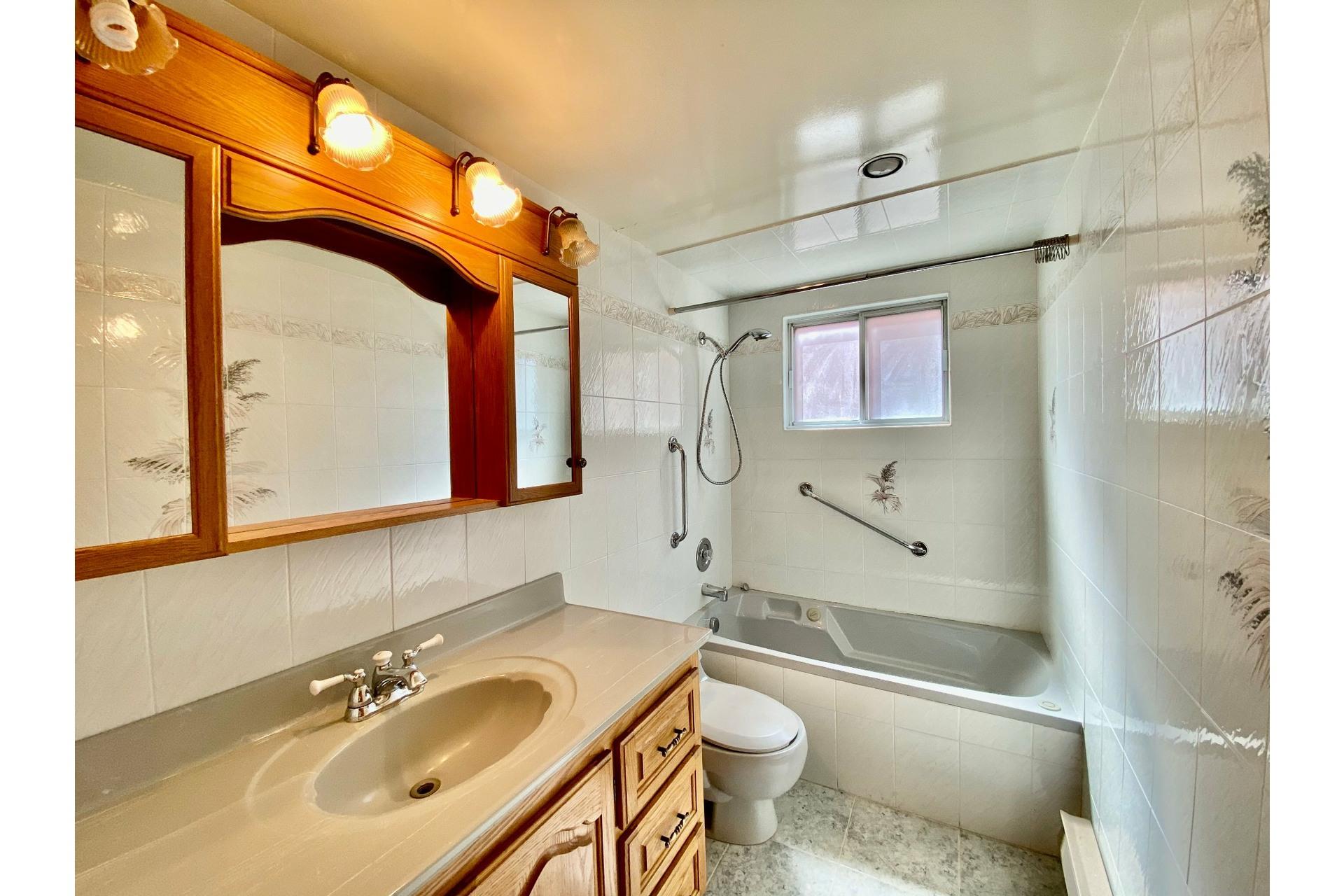 image 18 - 复式 出售 LaSalle Montréal  - 5 室