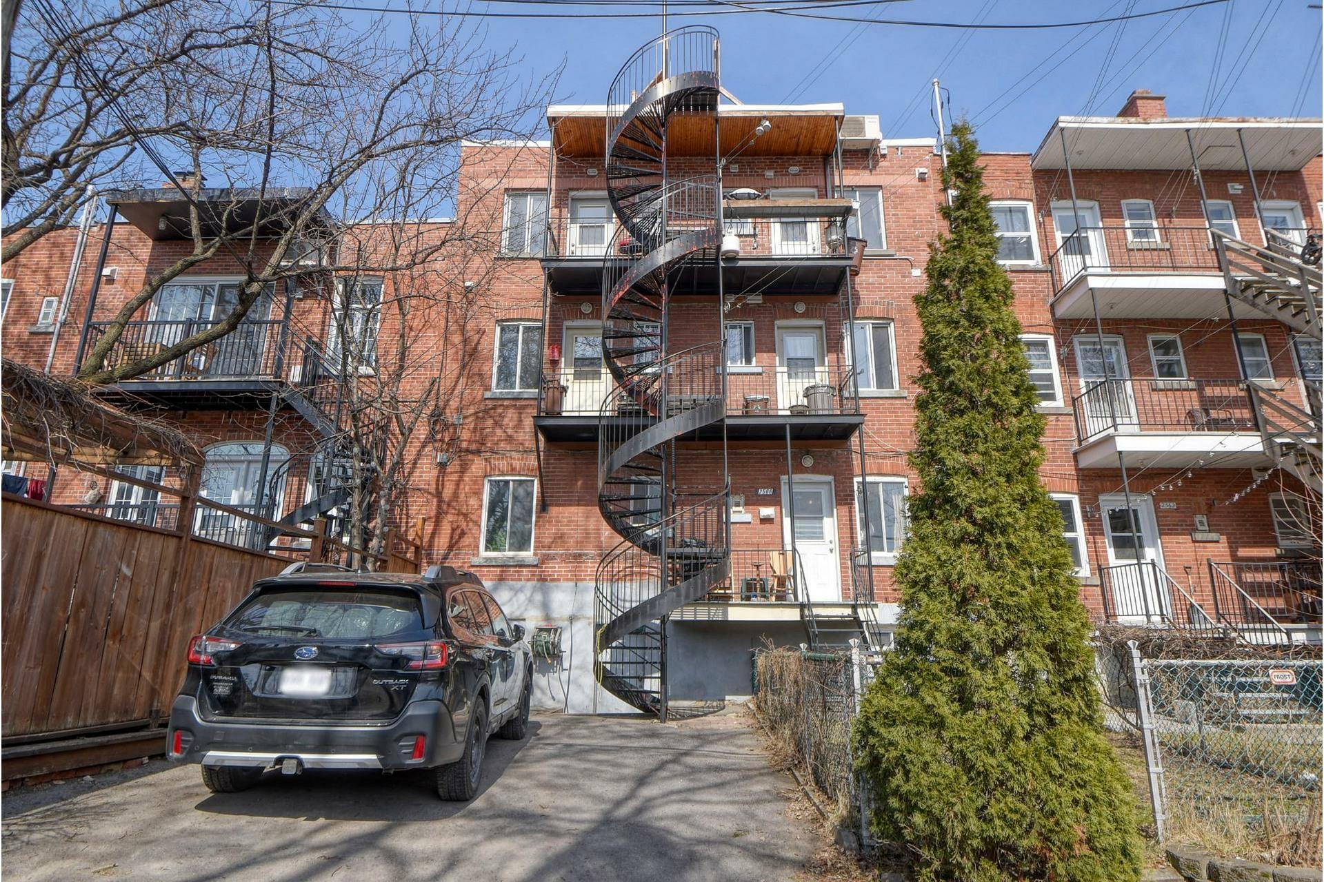 image 30 - Quintuplex For sale Mercier/Hochelaga-Maisonneuve Montréal  - 6 rooms