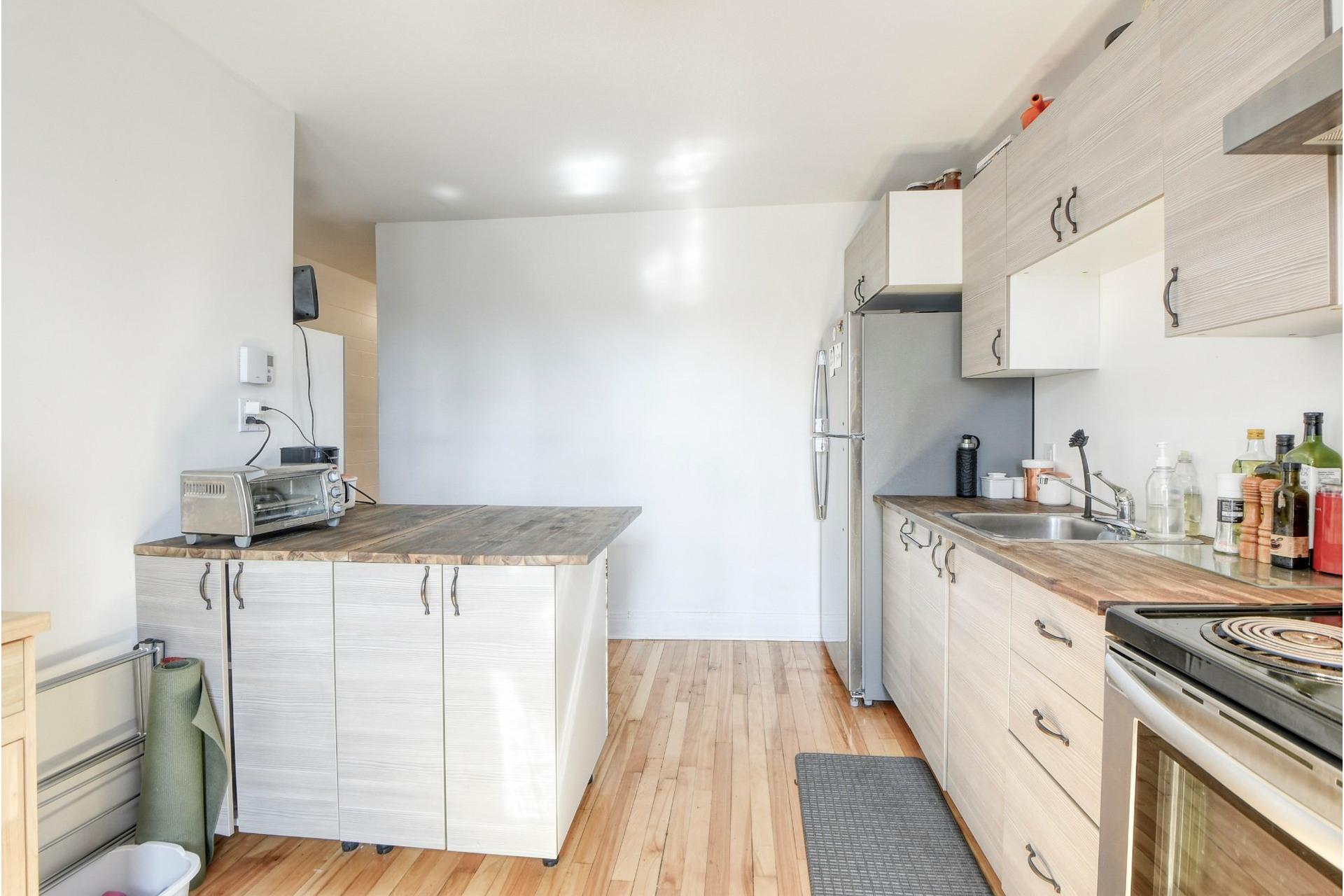 image 15 - Quintuplex For sale Mercier/Hochelaga-Maisonneuve Montréal  - 6 rooms