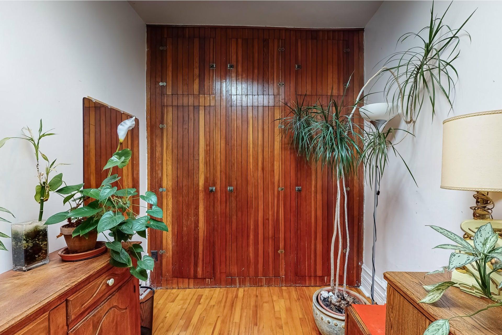 image 17 - House For sale Mercier/Hochelaga-Maisonneuve Montréal  - 9 rooms