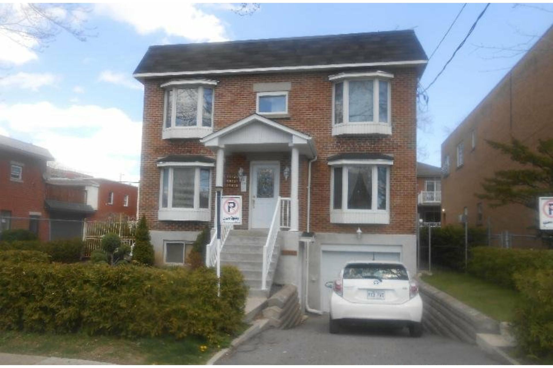 image 0 - Appartement À louer Montréal-Nord Montréal  - 3 pièces