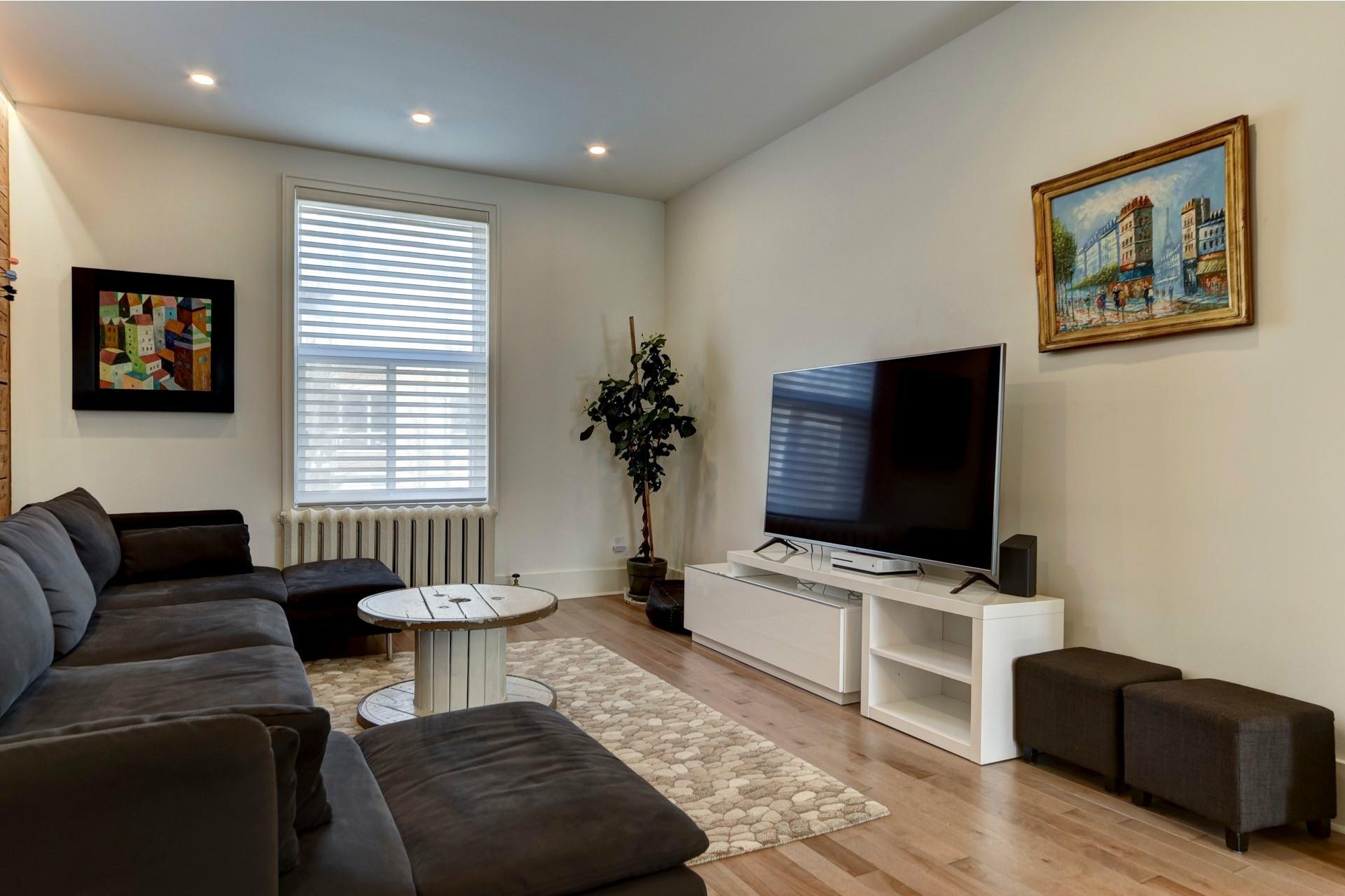 image 2 - Appartement À louer Côte-des-Neiges/Notre-Dame-de-Grâce Montréal  - 10 pièces