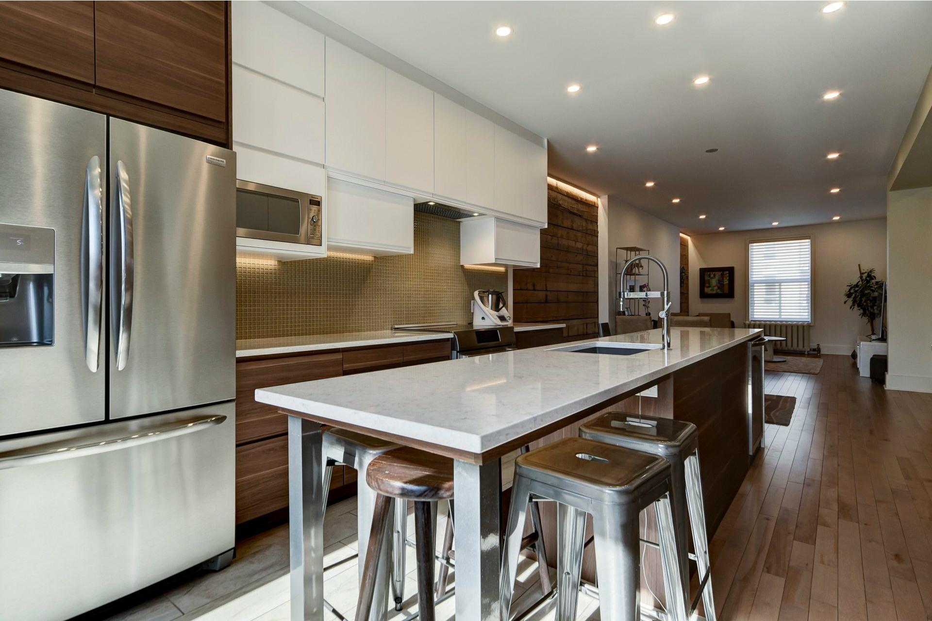 image 10 - Appartement À louer Côte-des-Neiges/Notre-Dame-de-Grâce Montréal  - 10 pièces