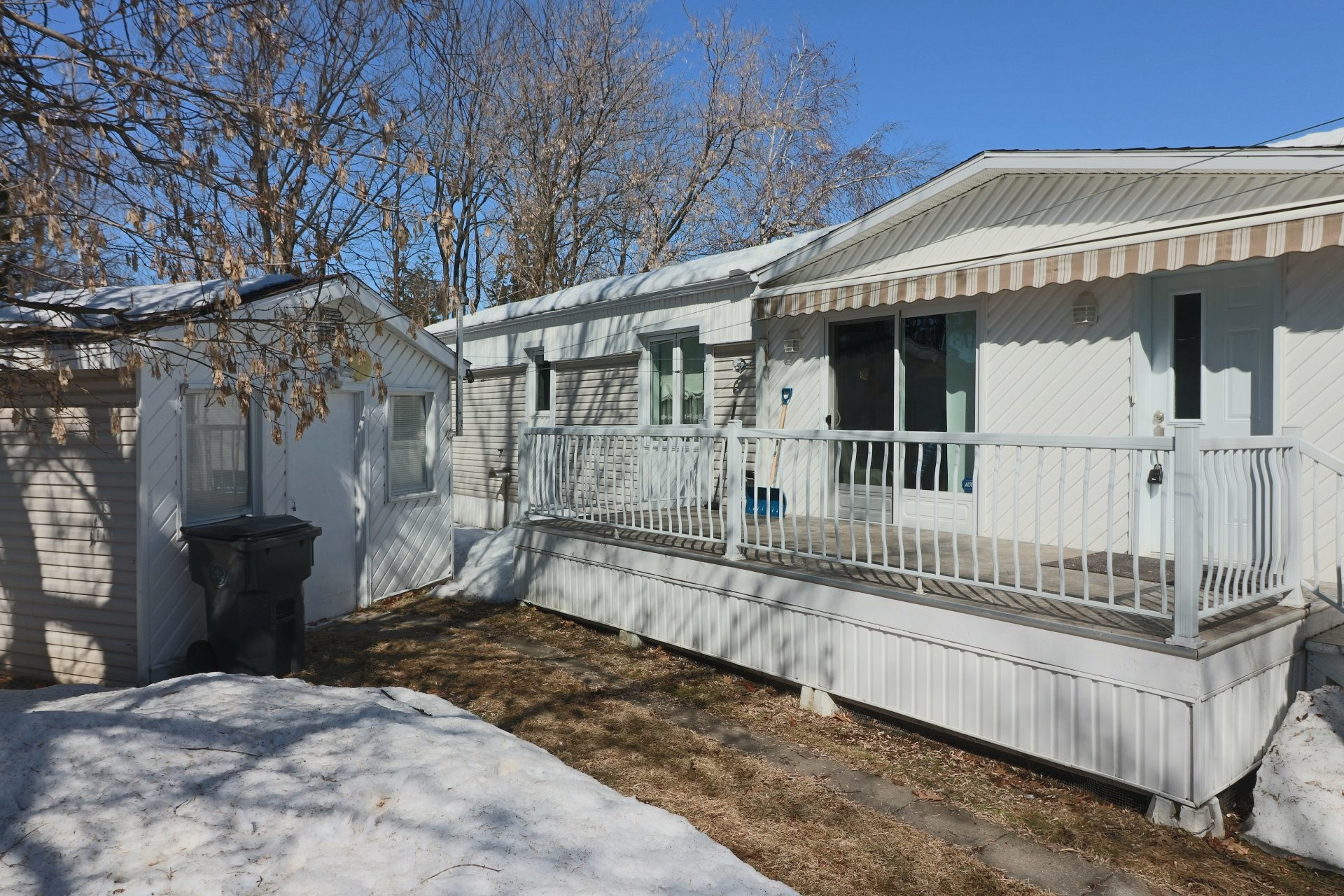 image 1 - House For sale Bécancour - 6 rooms