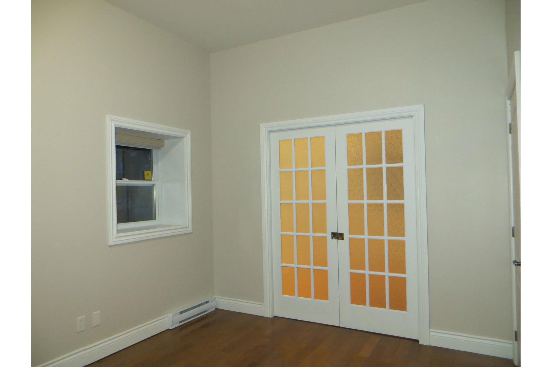 image 8 - Apartment For sale Côte-des-Neiges/Notre-Dame-de-Grâce Montréal  - 6 rooms