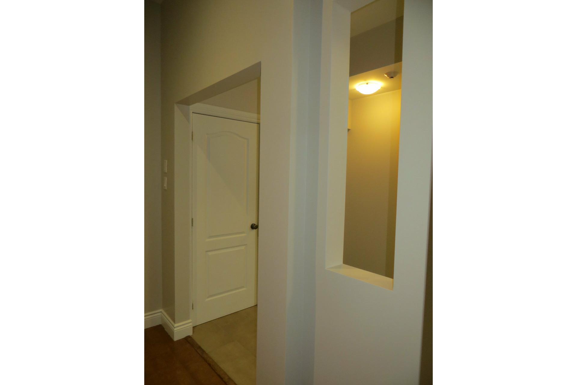 image 18 - Apartment For sale Côte-des-Neiges/Notre-Dame-de-Grâce Montréal  - 6 rooms