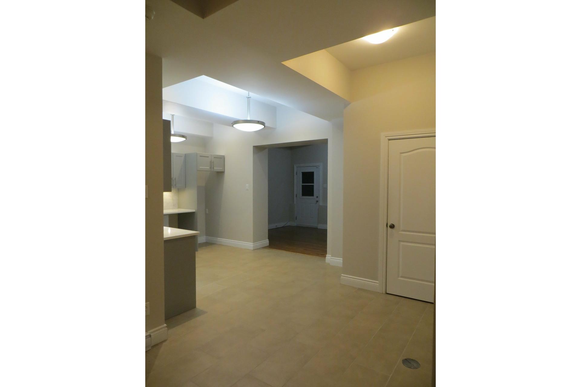 image 19 - Apartment For sale Côte-des-Neiges/Notre-Dame-de-Grâce Montréal  - 6 rooms