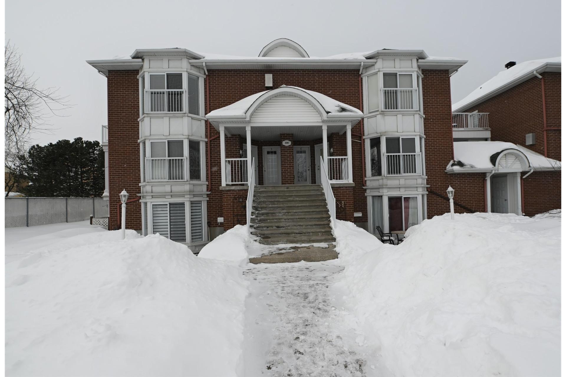 image 0 - Apartment For rent La Prairie - 3 rooms
