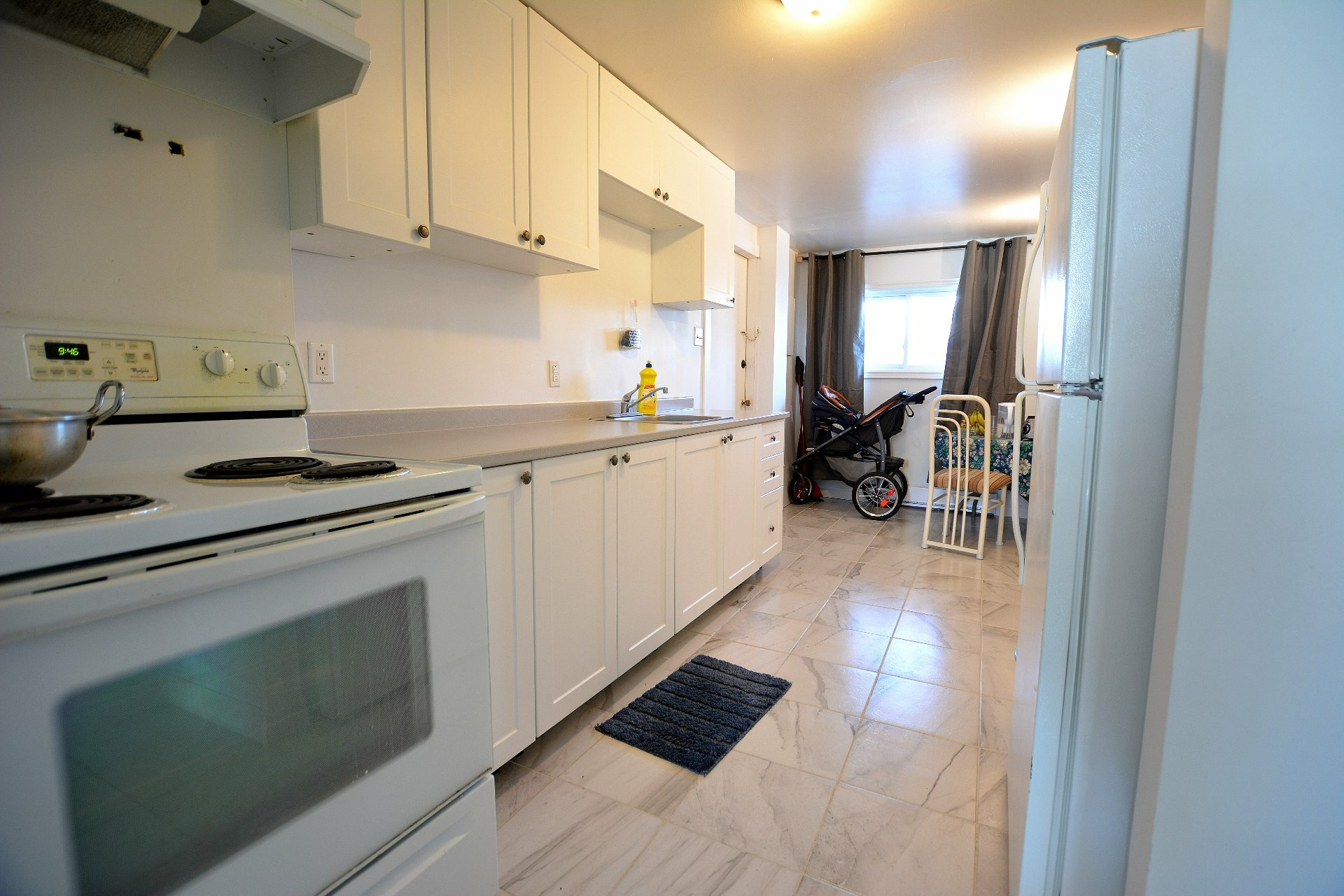 image 9 - Income property For sale Pierrefonds-Roxboro Montréal  - 4 rooms
