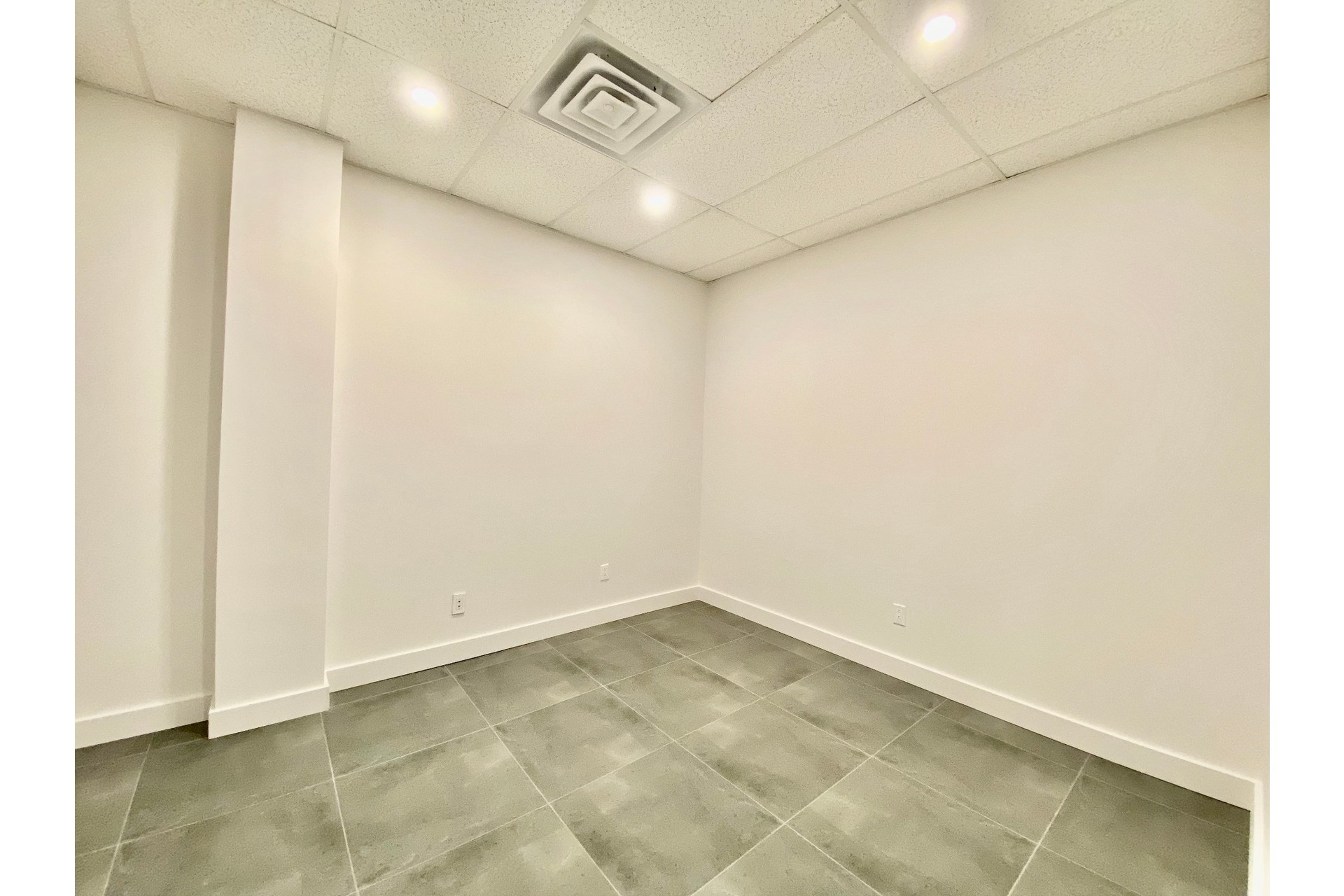 image 12 - MX - Oficina - MX Para alquiler Pierrefonds-Roxboro Montréal