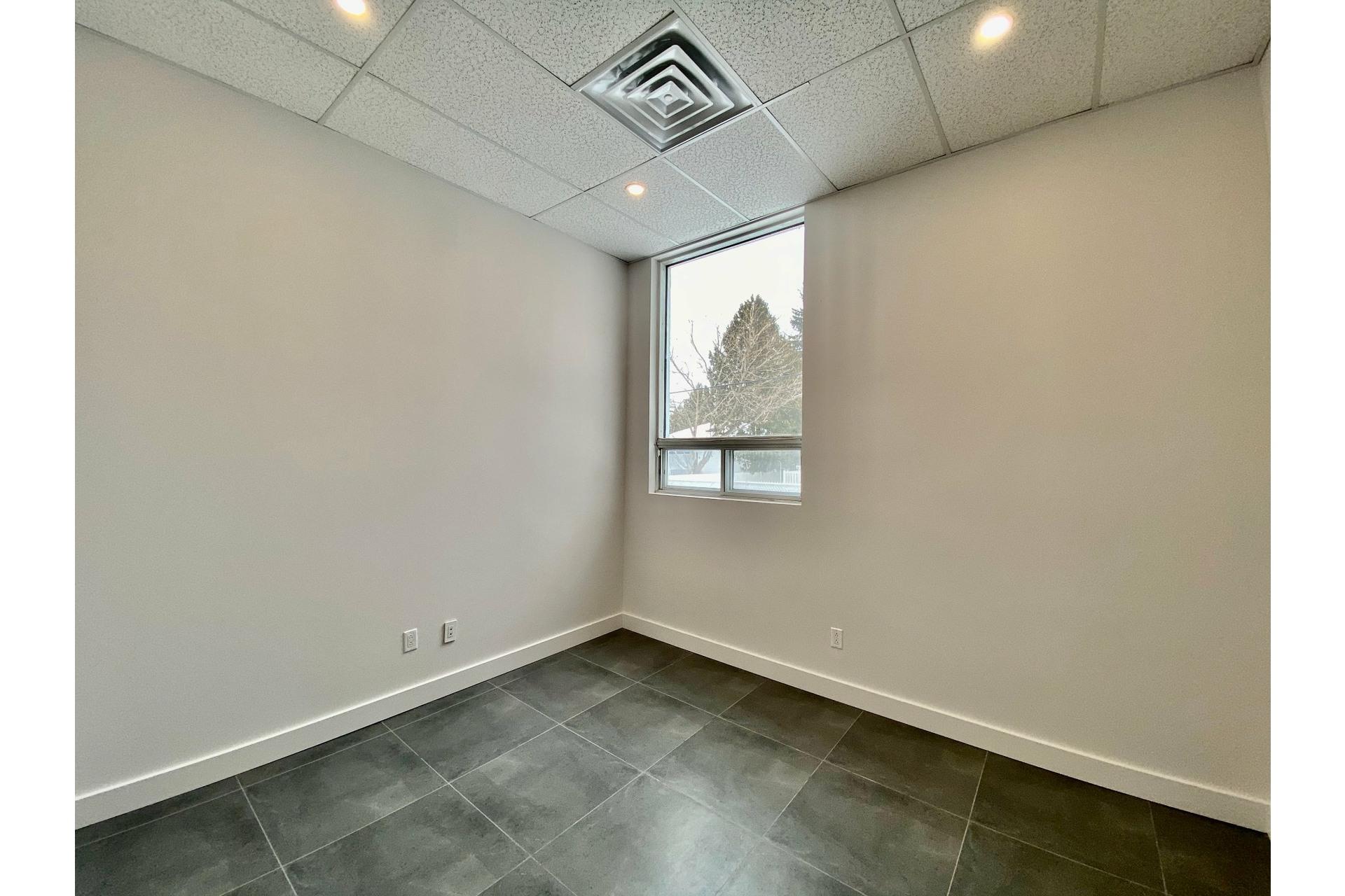 image 14 - 办公室 出租 Pierrefonds-Roxboro Montréal