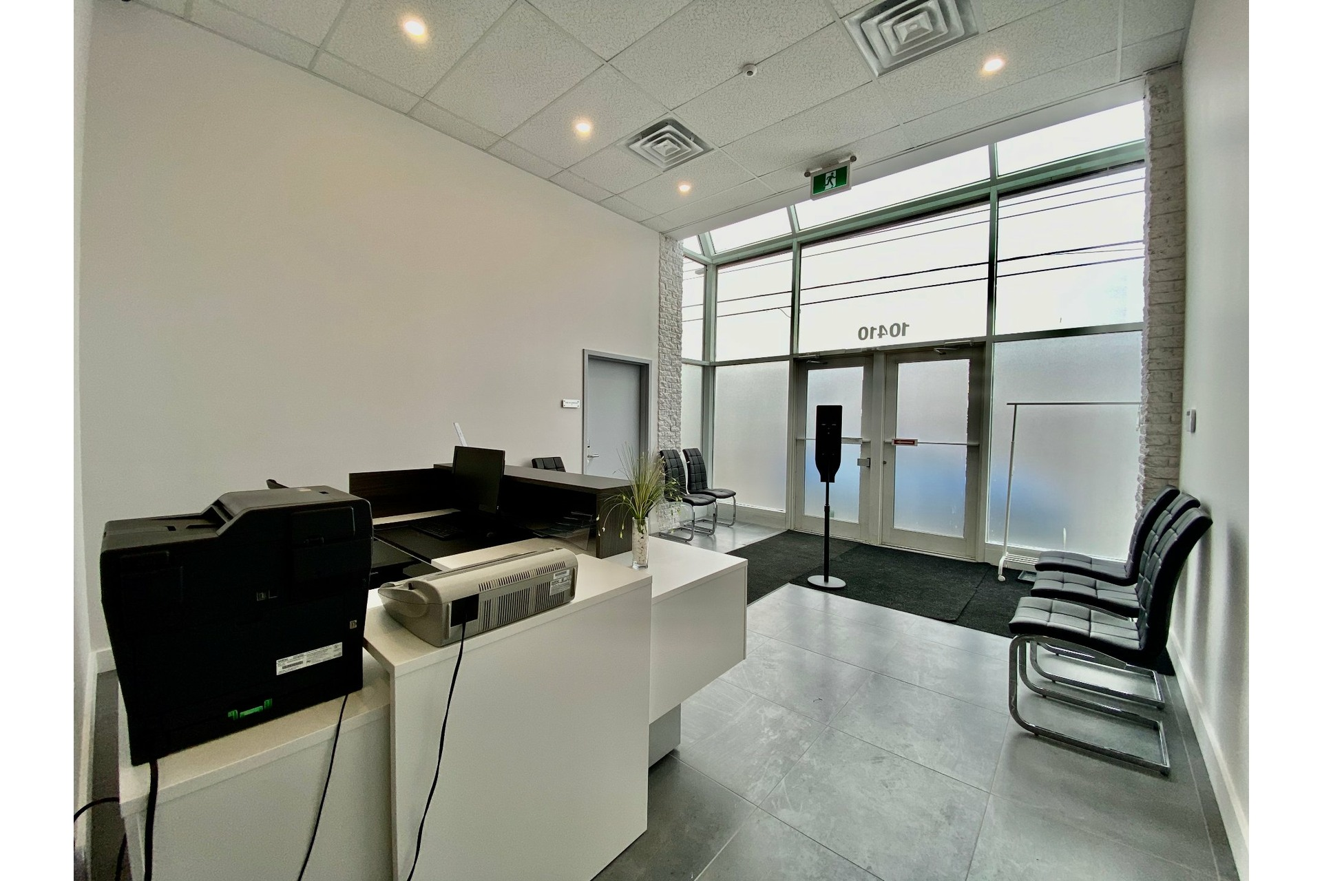 image 2 - MX - Oficina - MX Para alquiler Pierrefonds-Roxboro Montréal