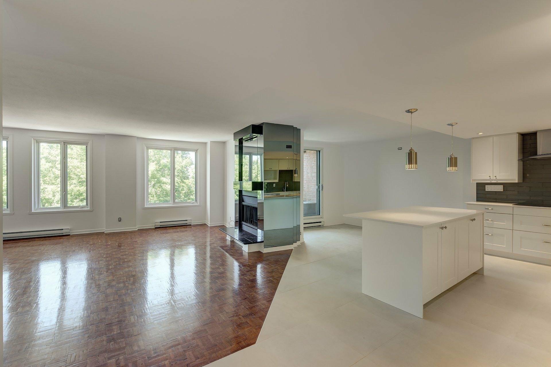 image 5 - Apartment For rent Le Sud-Ouest Montréal  - 5 rooms