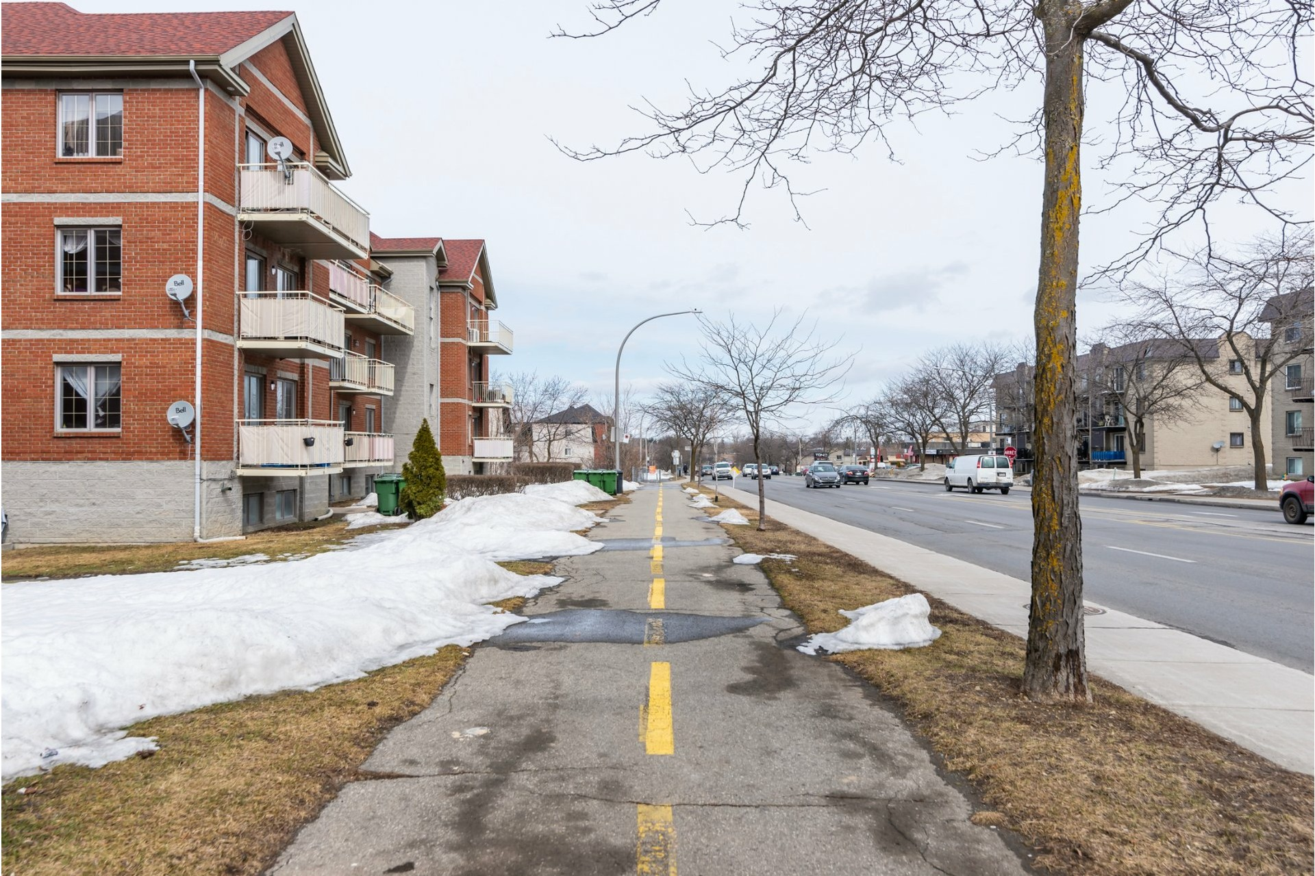 image 28 - Appartement À vendre Pierrefonds-Roxboro Montréal  - 8 pièces