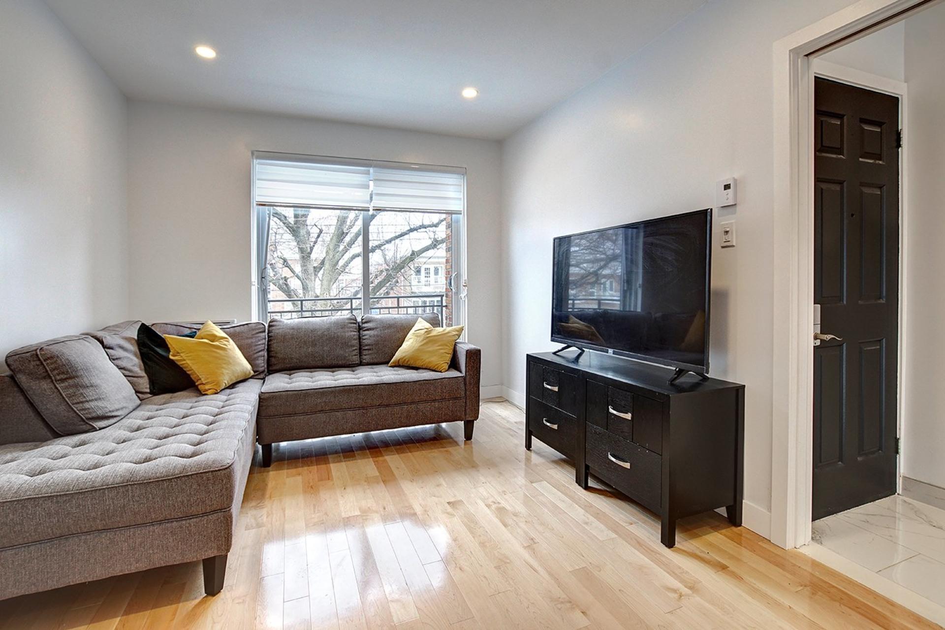 image 2 - Loft For rent Rosemont/La Petite-Patrie Montréal  - 3 rooms