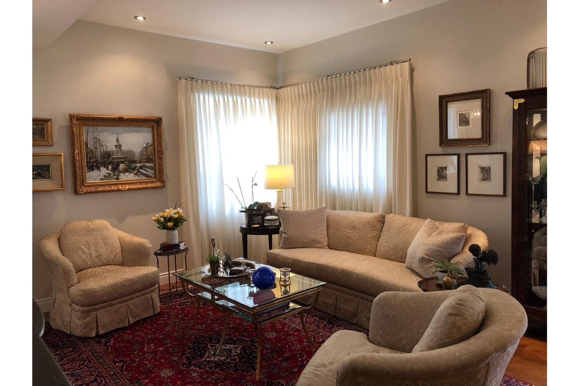 image 9 - Appartement À vendre Côte-des-Neiges/Notre-Dame-de-Grâce Montréal  - 5 pièces