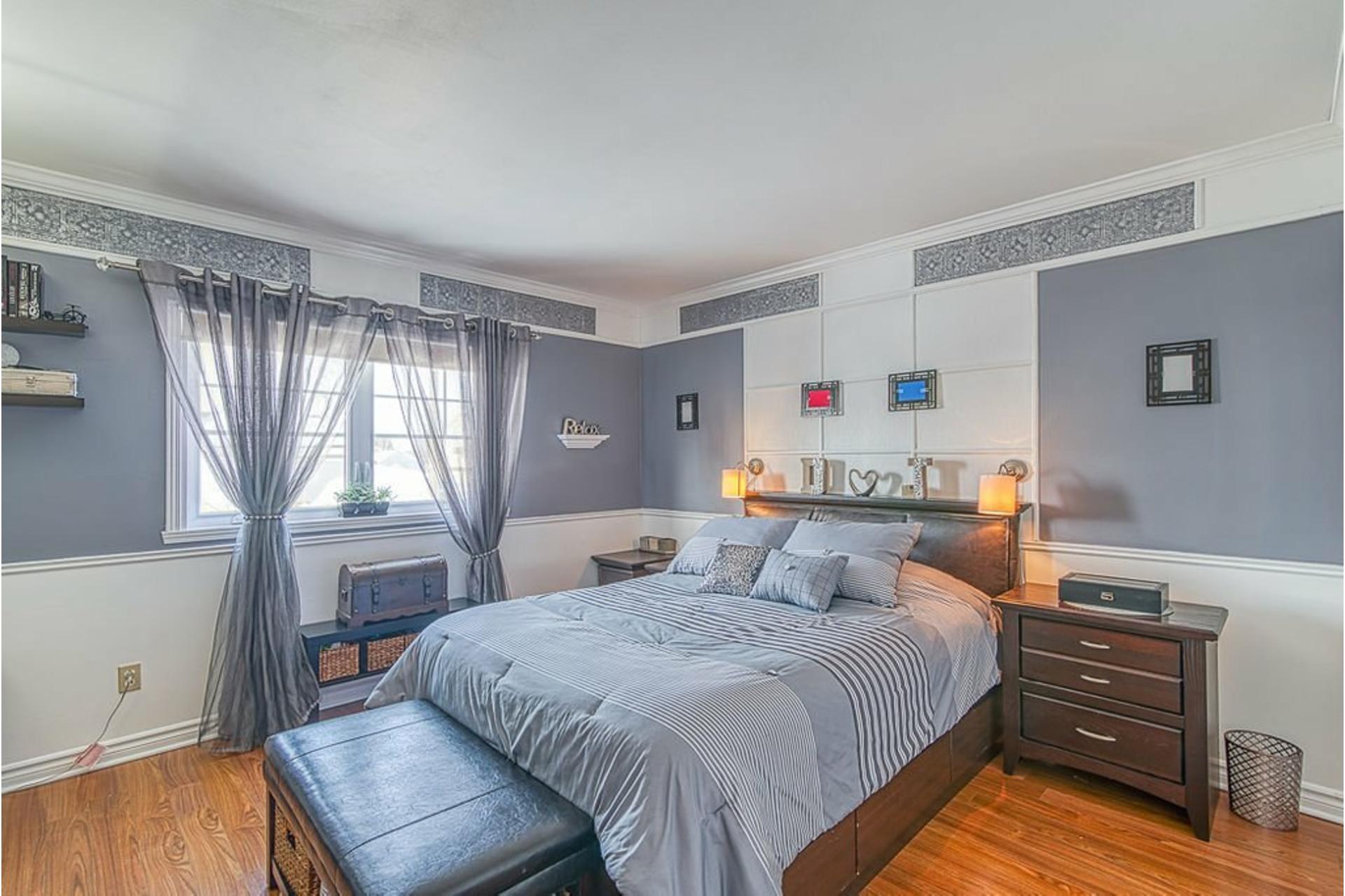 image 15 - Maison À vendre Sainte-Anne-des-Plaines - 11 pièces