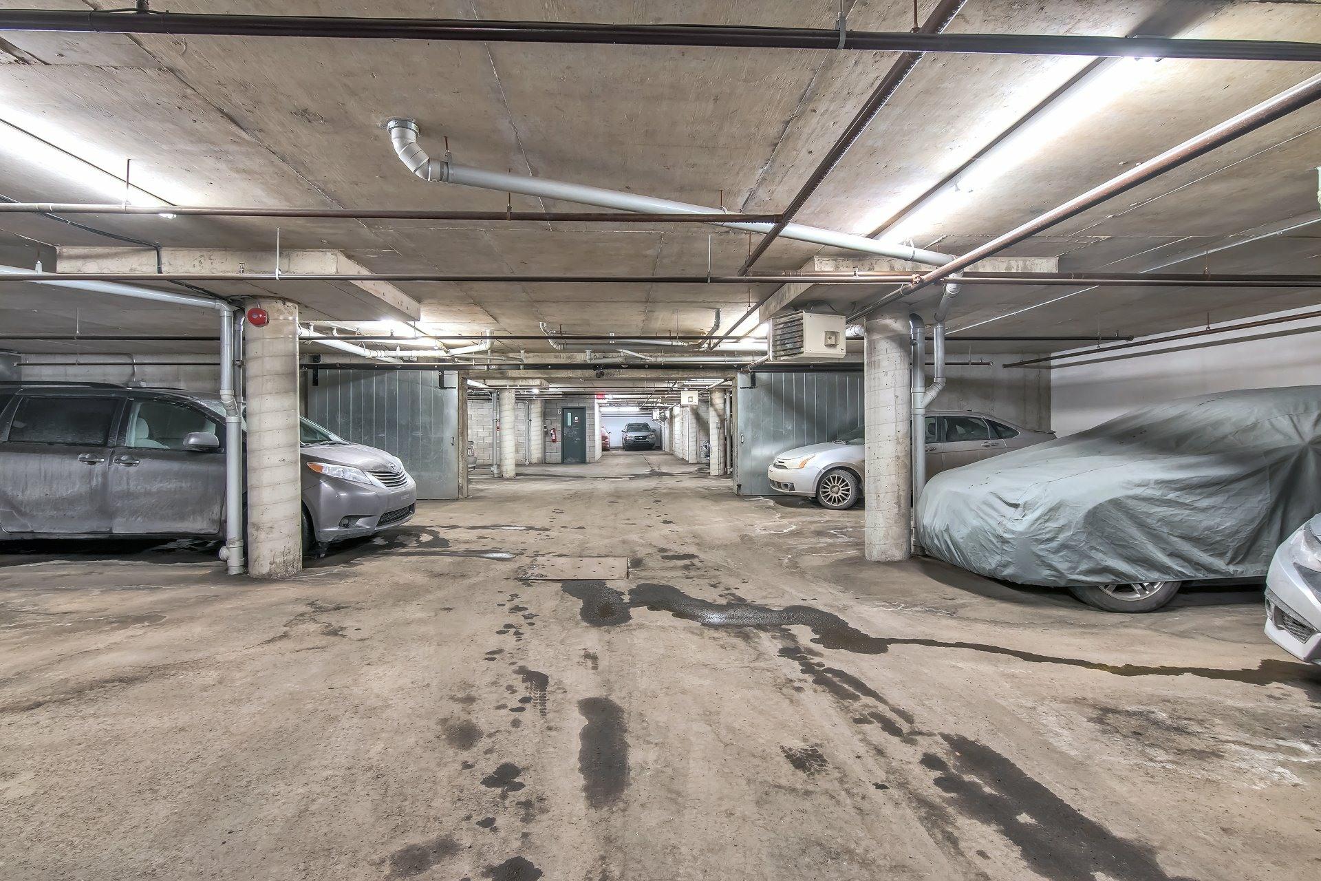 image 24 - Departamento En venta Côte-des-Neiges/Notre-Dame-de-Grâce Montréal  - 6 habitaciones