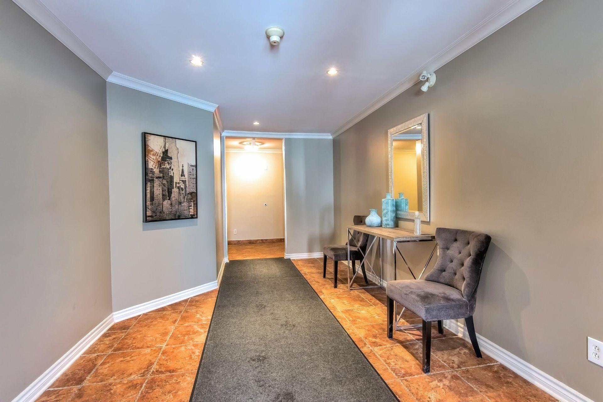 image 26 - Departamento En venta Côte-des-Neiges/Notre-Dame-de-Grâce Montréal  - 6 habitaciones